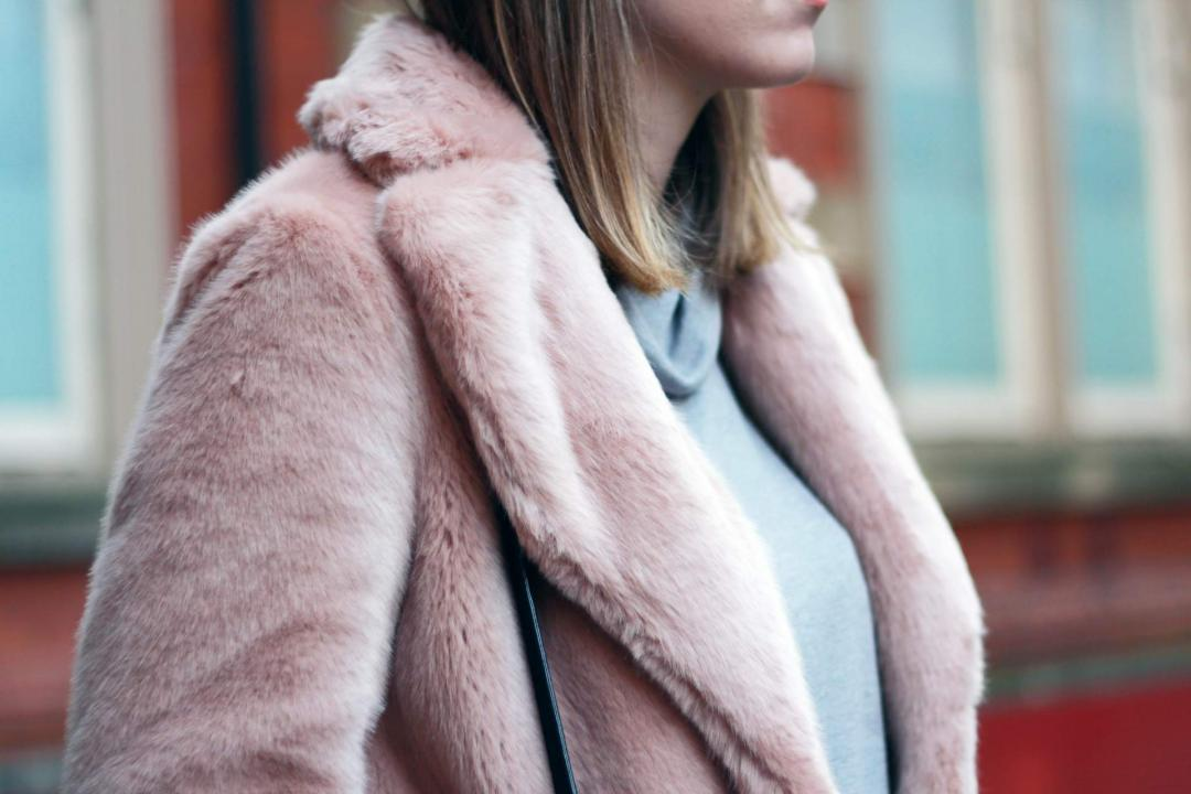 reiss-alba-pink-faux-fur-coat-phillip-lim-pashli-isabel-marant-dicker-boots-street-style-5