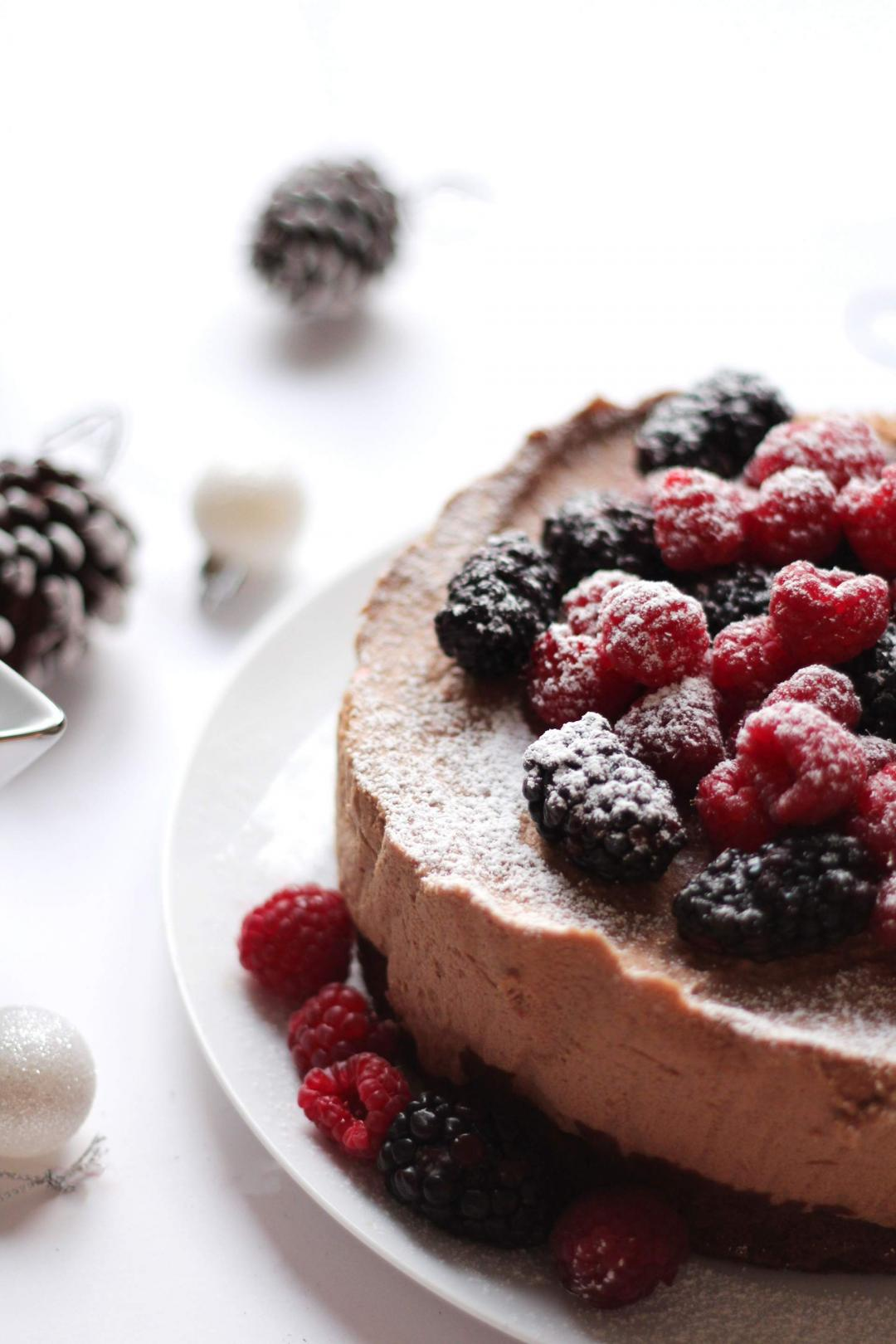 lindt-chocolate-mousse-cake-alternative-christmas-cake-easy-recipe-3