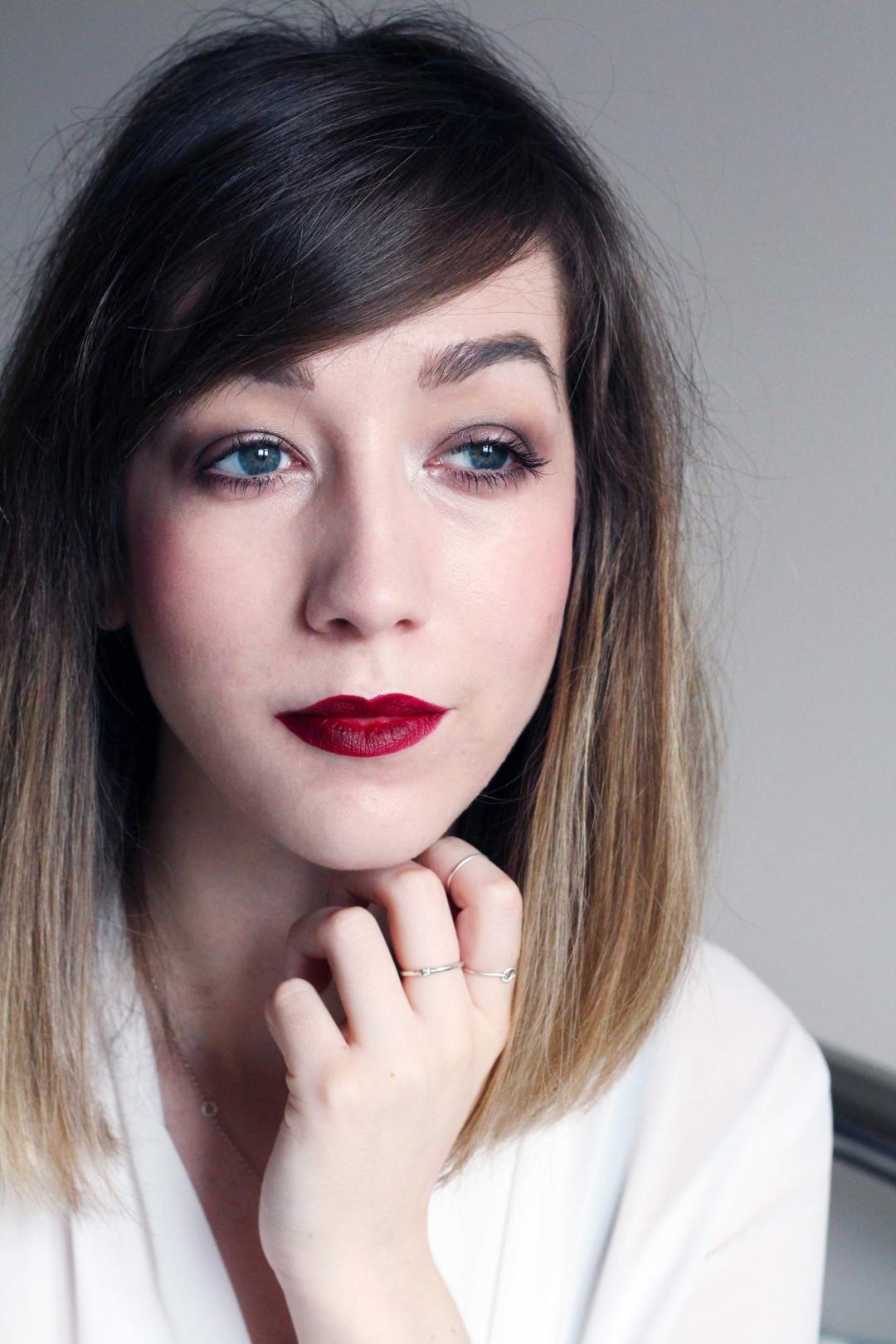 makeup-look-MAC-diva-lipstick-satin-taupe-eyeshadow-beauty-blogger