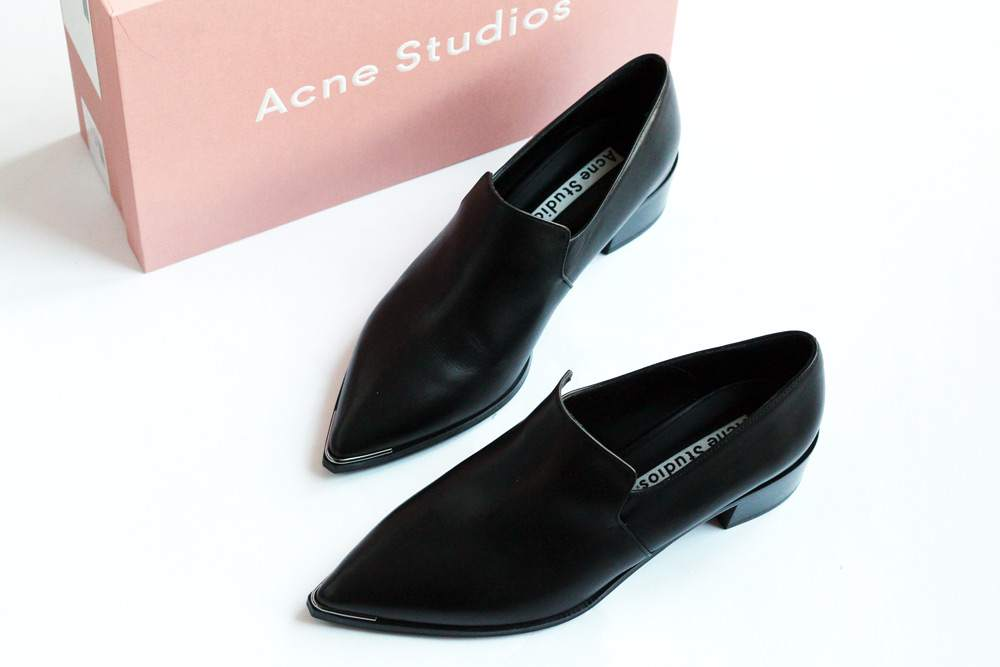 sale-buys-january-acne-studios-jaycee-black-leather-loafers-shoes-1