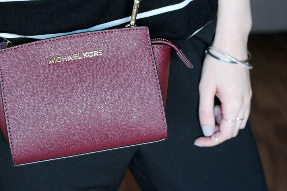 sale-buys-january-michael-kors-mini-selma-bag-leather-burgundy-saffiano-zalando