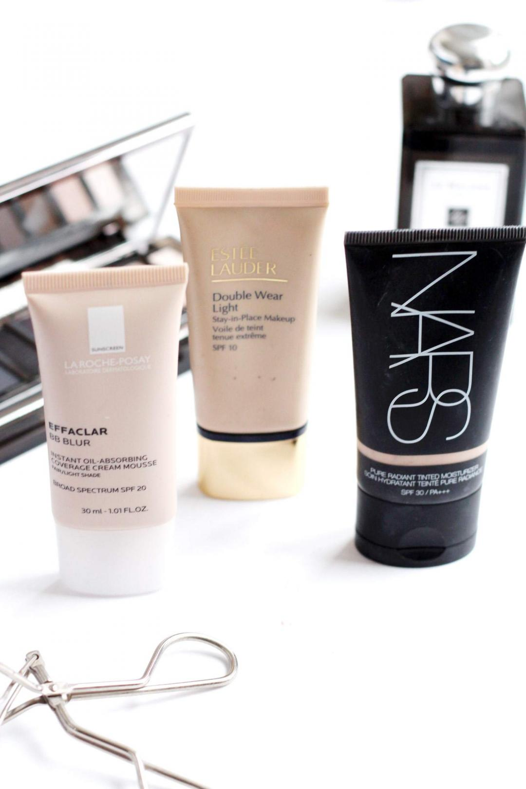 three-light-bases-NARS-tinted-moisturiser-la-roche-posay-effaclar-blue-estee-lauder-double-wear-light
