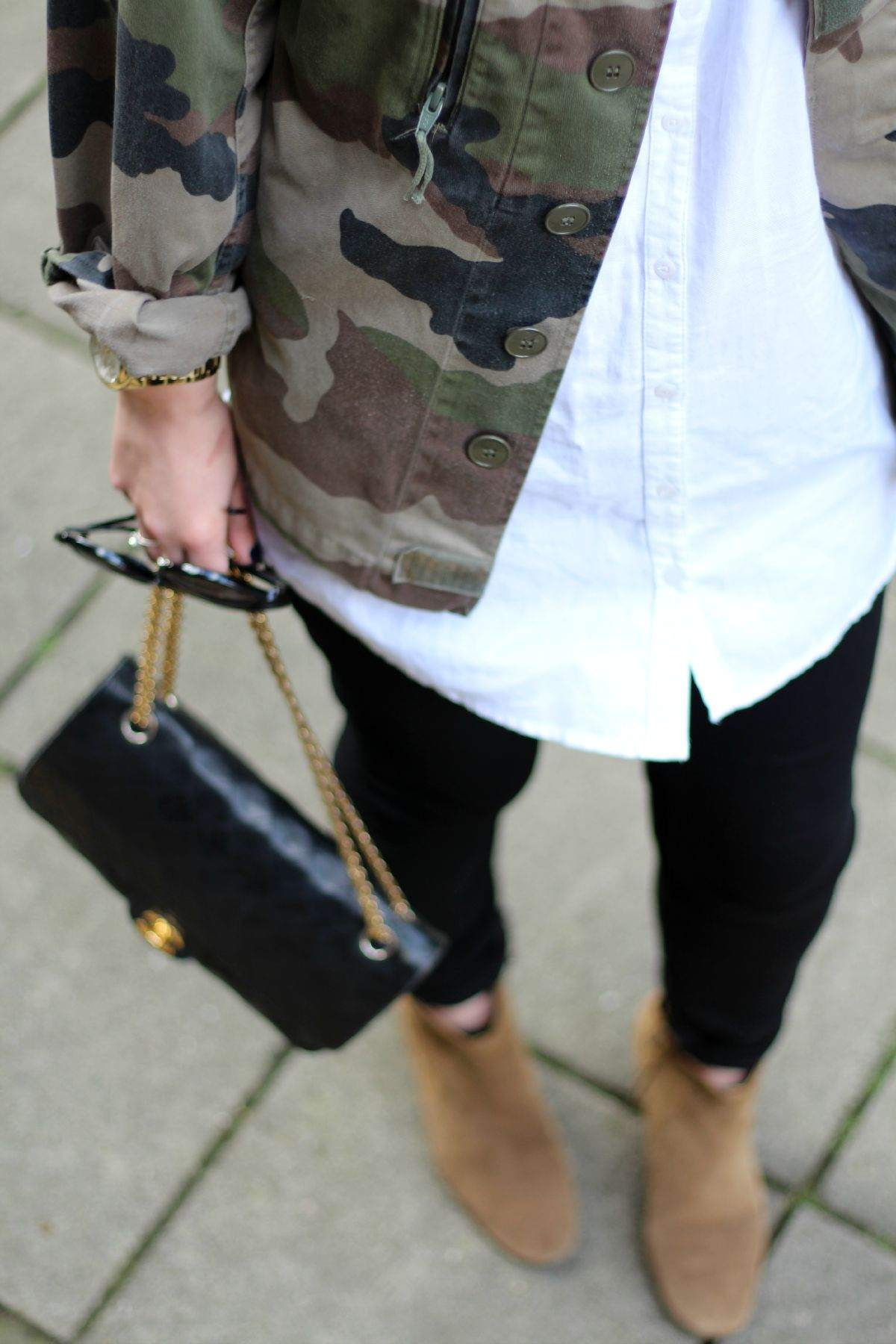 camo army jacket isabel marant dicker boots vintage chanel bag 7