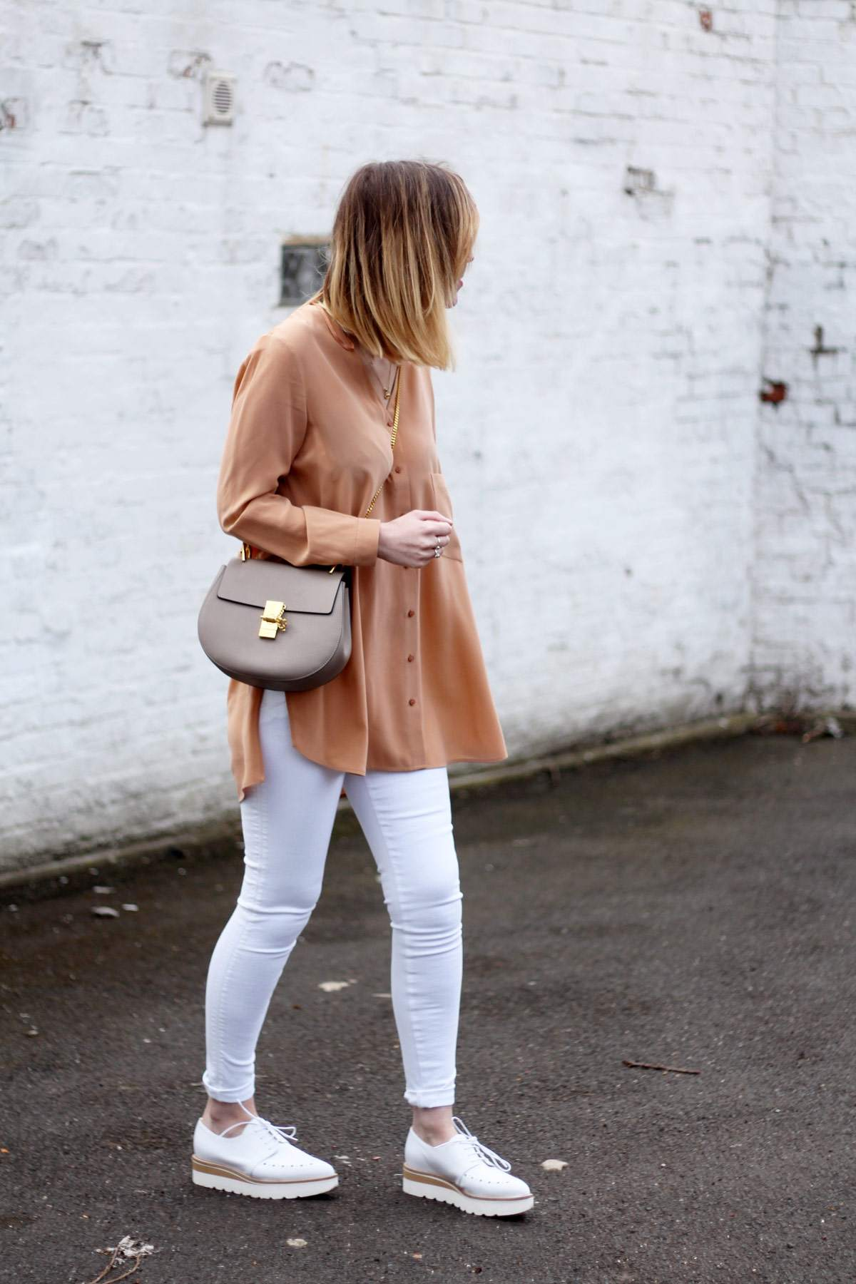 M&S-belted-coat-alberto-zago-brogue-shoes-chloe-drew-grey-hudson-white-jeans-10
