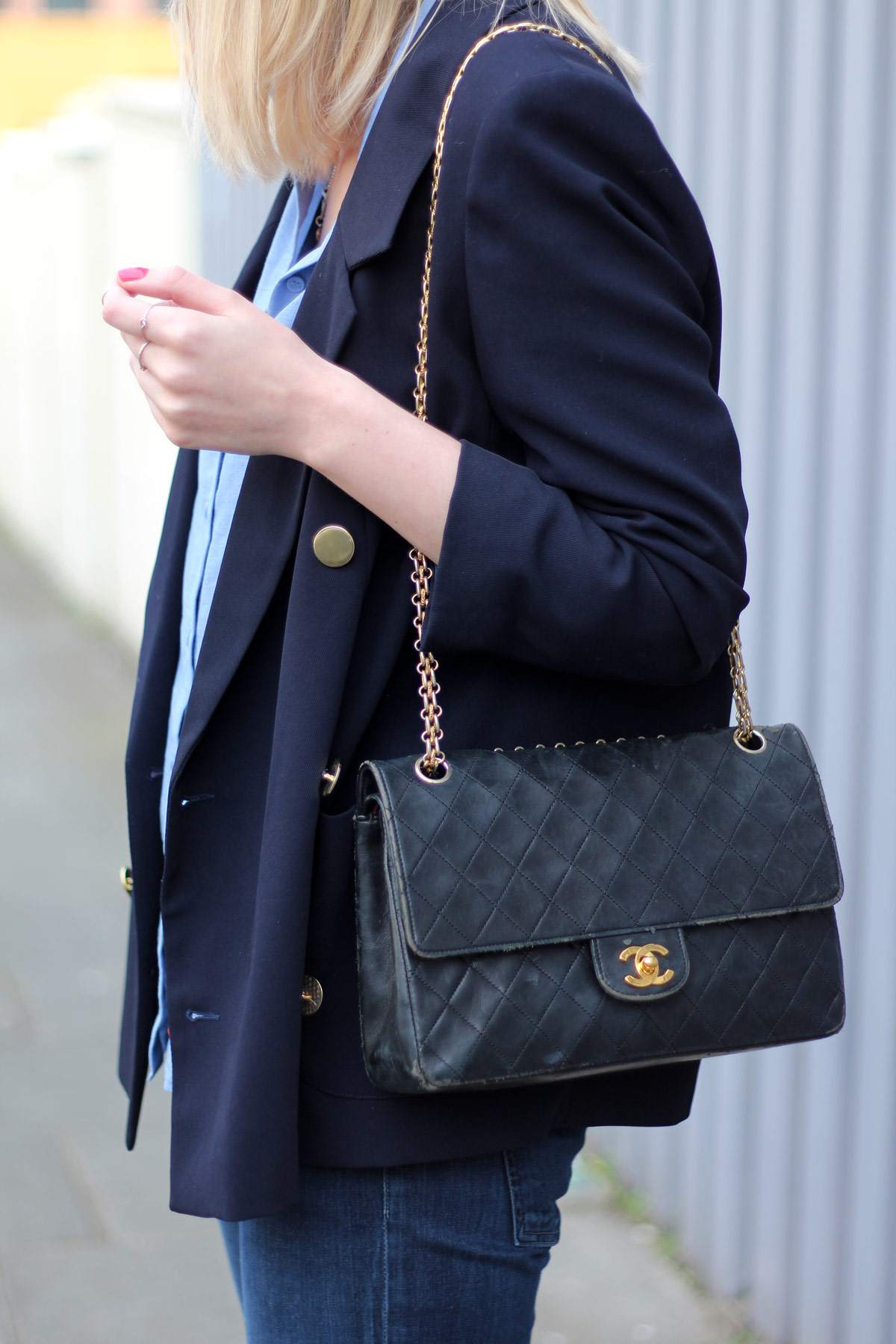 archive-by-alexa-blazer-vintage-chanel-bag-brogue-platform-loafers-16