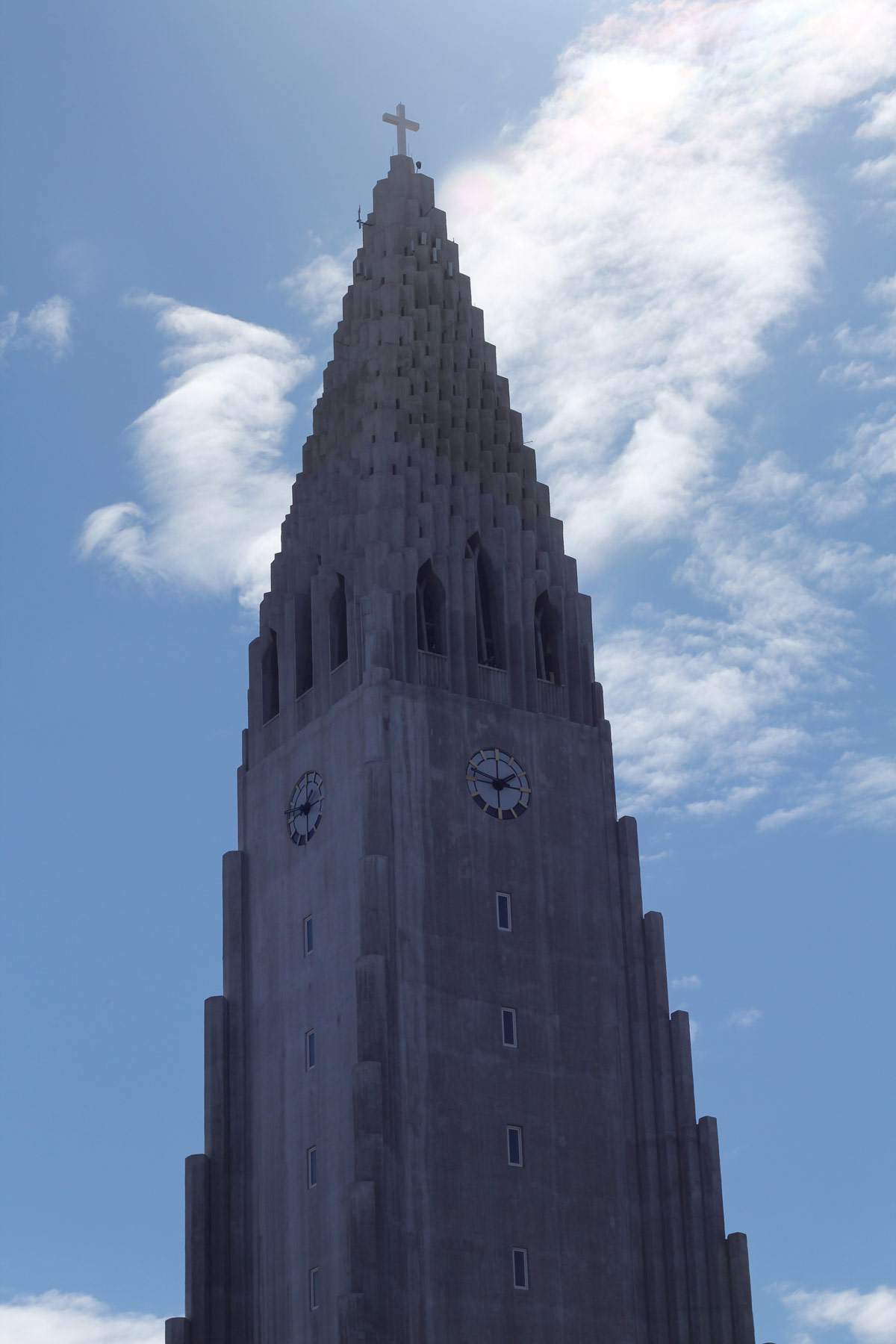 iceland-reykjavik-keflavik-review-photo-diary-travel-blog-church-view