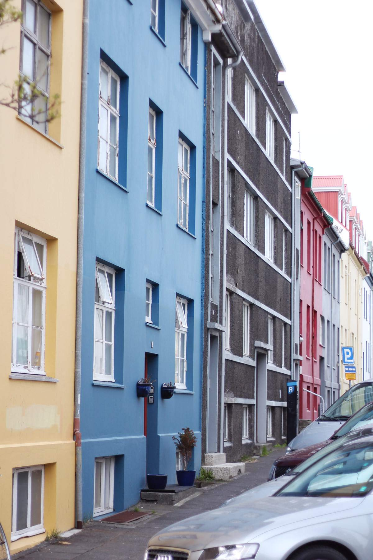 iceland-reykjavik-keflavik-review-photo-diary-travel-blog-downtown-harbour-2