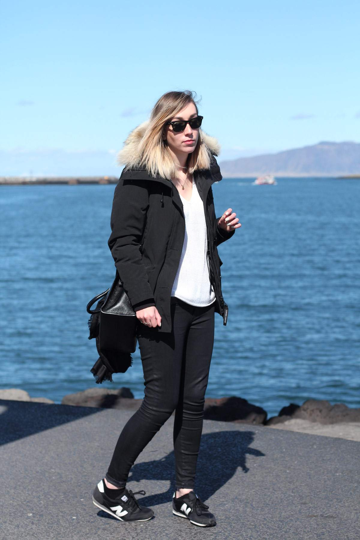 iceland-reykjavik-keflavik-review-photo-diary-travel-blog-downtown-harbour-outfit-2