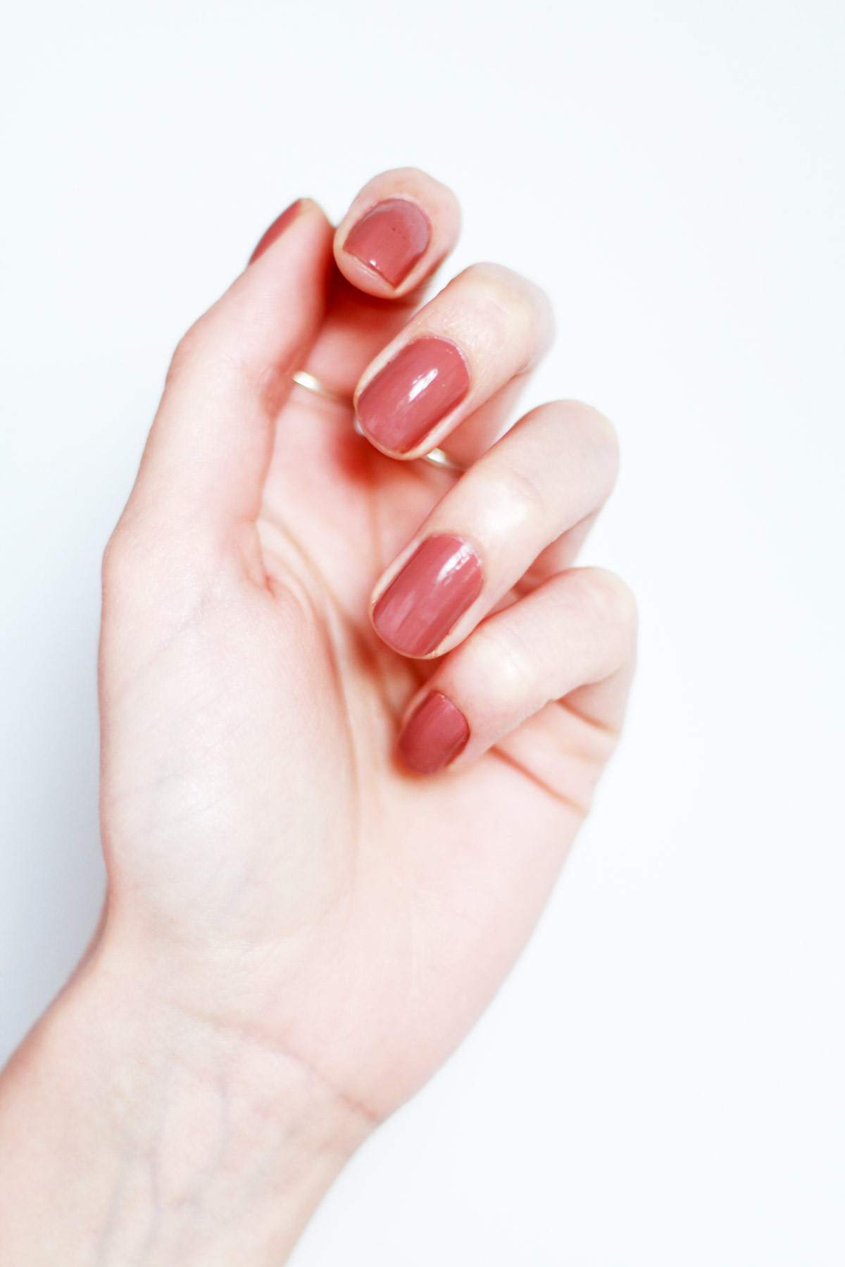 nude-nail-polish-best-of-HJ-manicure-coco-beauty-review