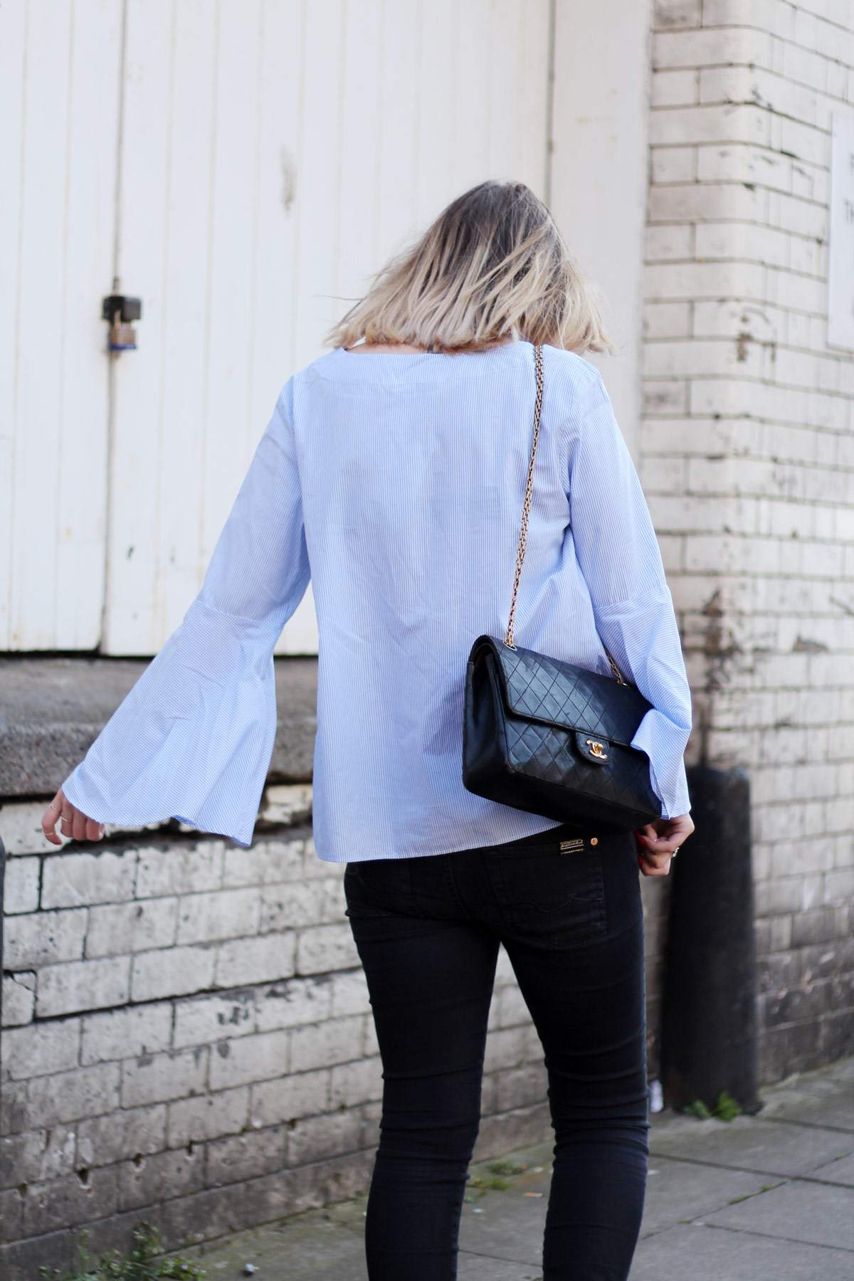 zara-blue-stripe-flared-sleeve-top-vintage-chanel-bag-charlotte-olympia-kitty-flats-5
