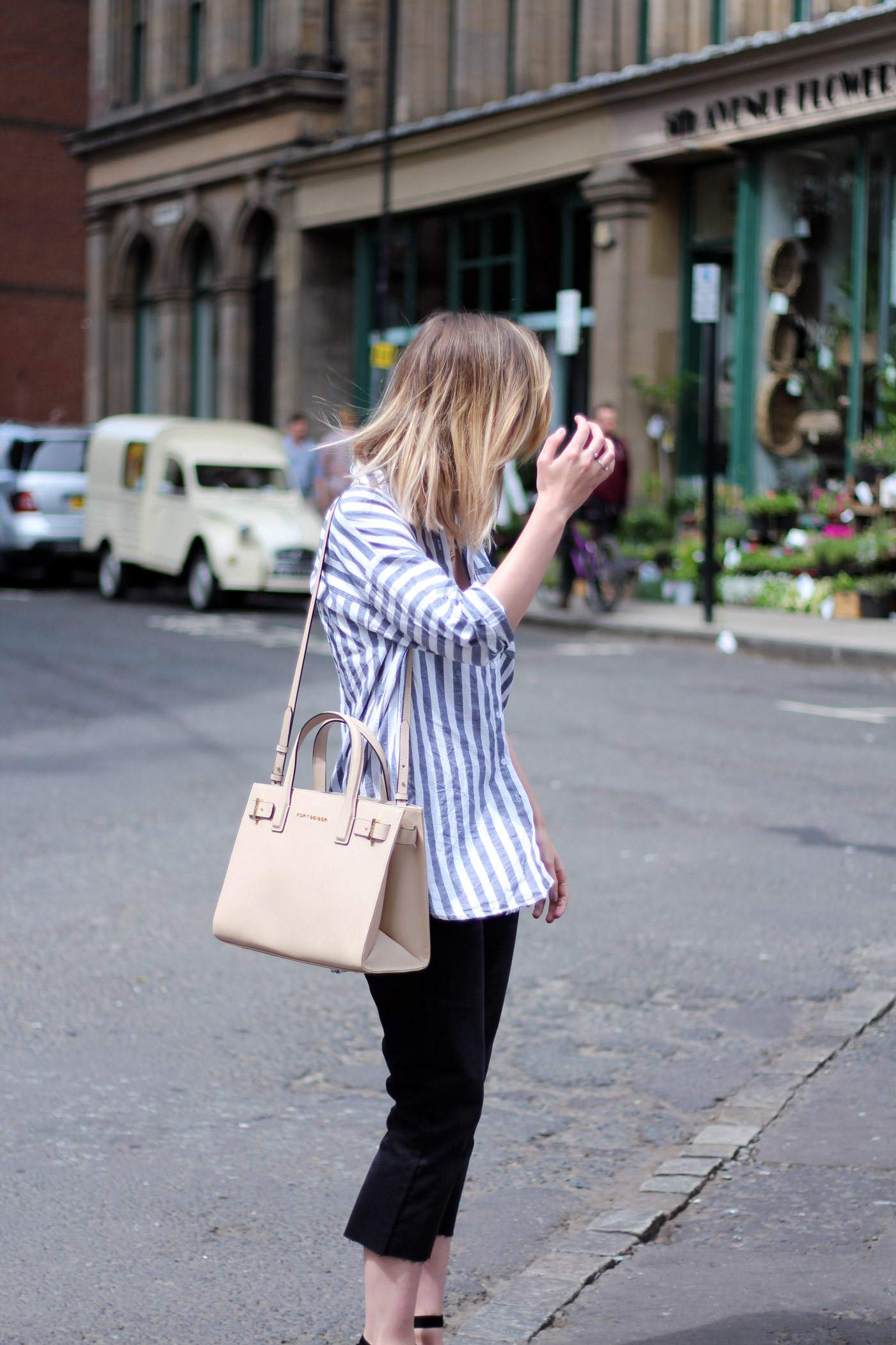 kurt-geiger-espadrille-wedge-heel-black-beige-bag-asos-stripe-shirt-celine-audrey-sunglasses-10
