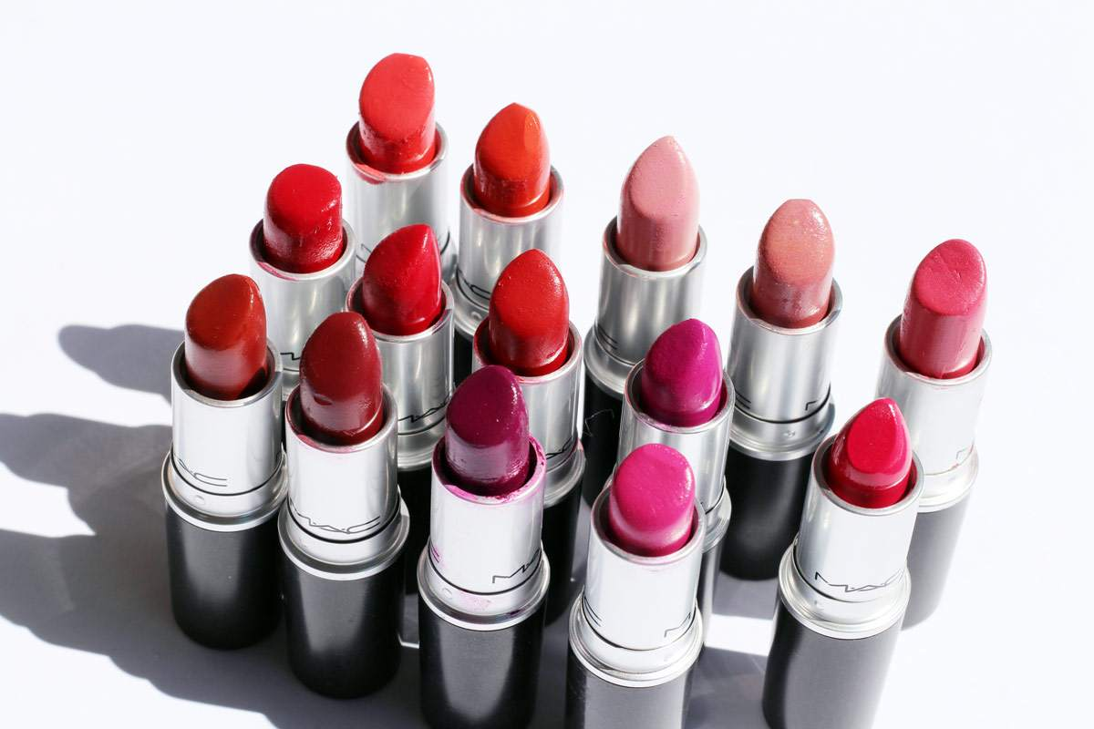 my-mac-lipstick-collection-so-chaud-girl-about-town-russian-red-brave-1