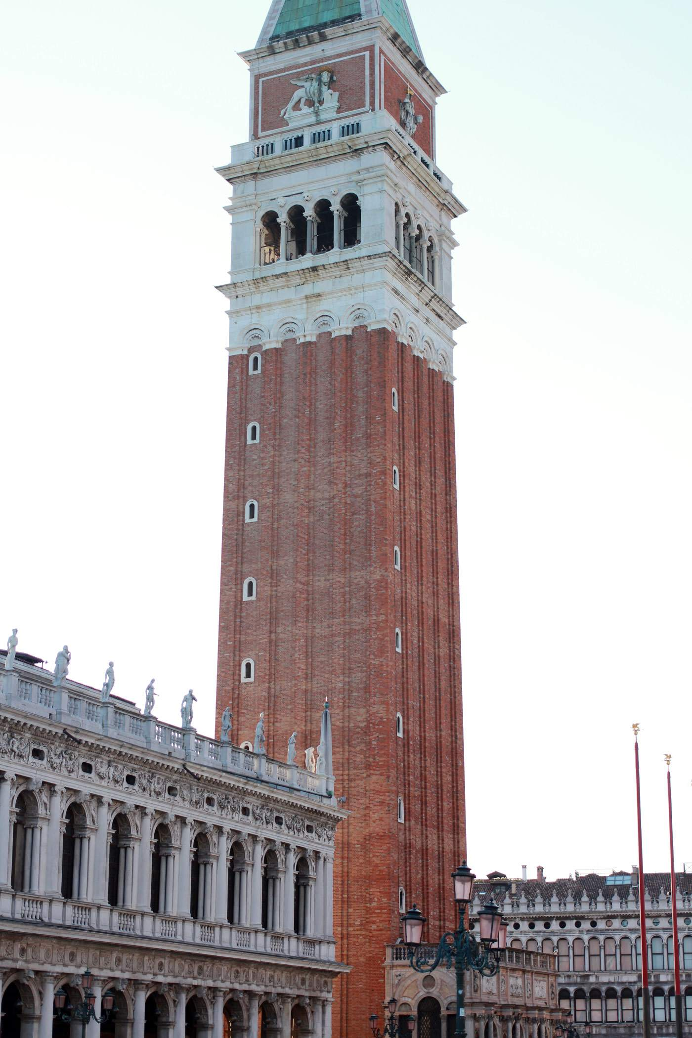 venice-italy-travel-blogger-san-marco-st-marks-square-4