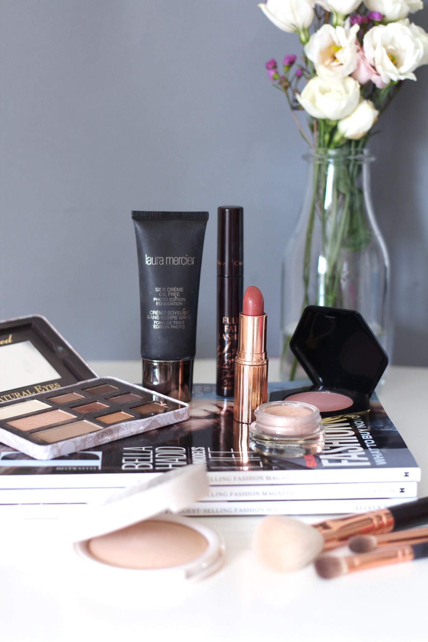 makeup-favourites-charlotte-tilbury-laura-mercier-too-faced