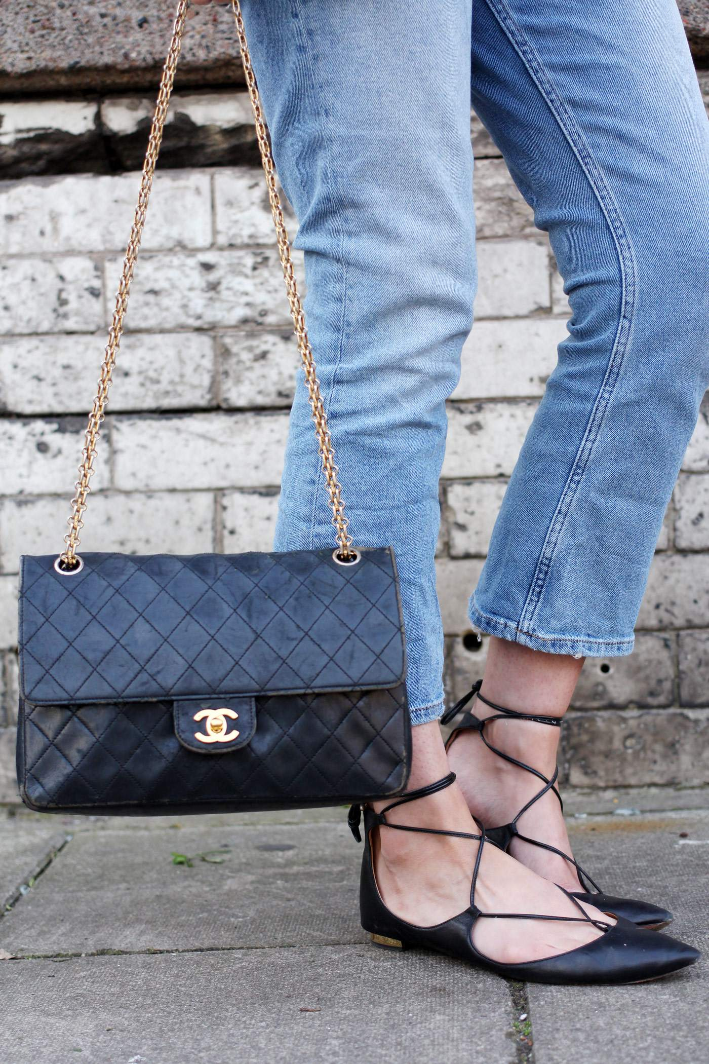 BDG-crop-flare-jeans-vintage-chanel-aquazzura-christy-10