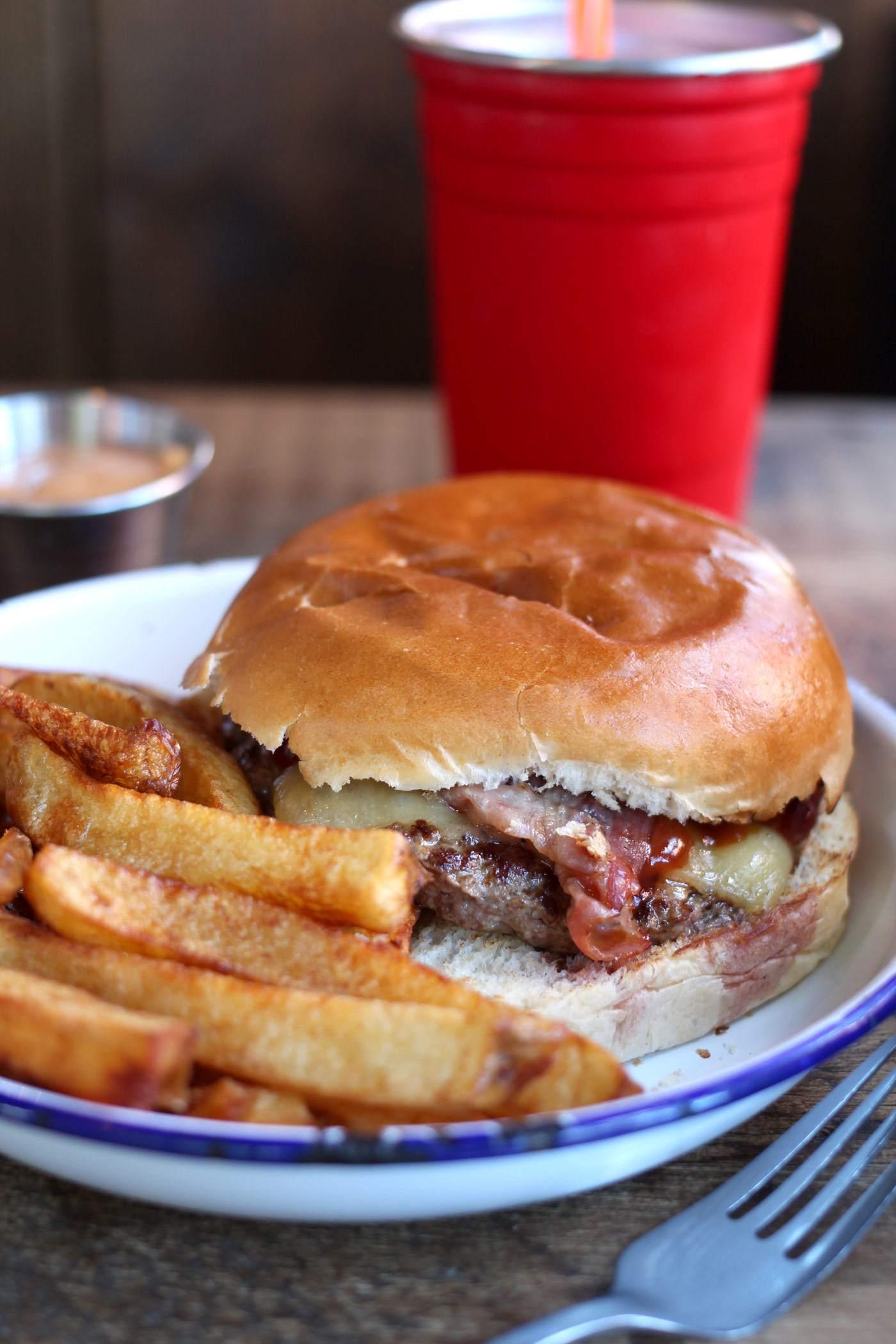 fat-hippo-jesmond-newcastle-review-burger-restaurant
