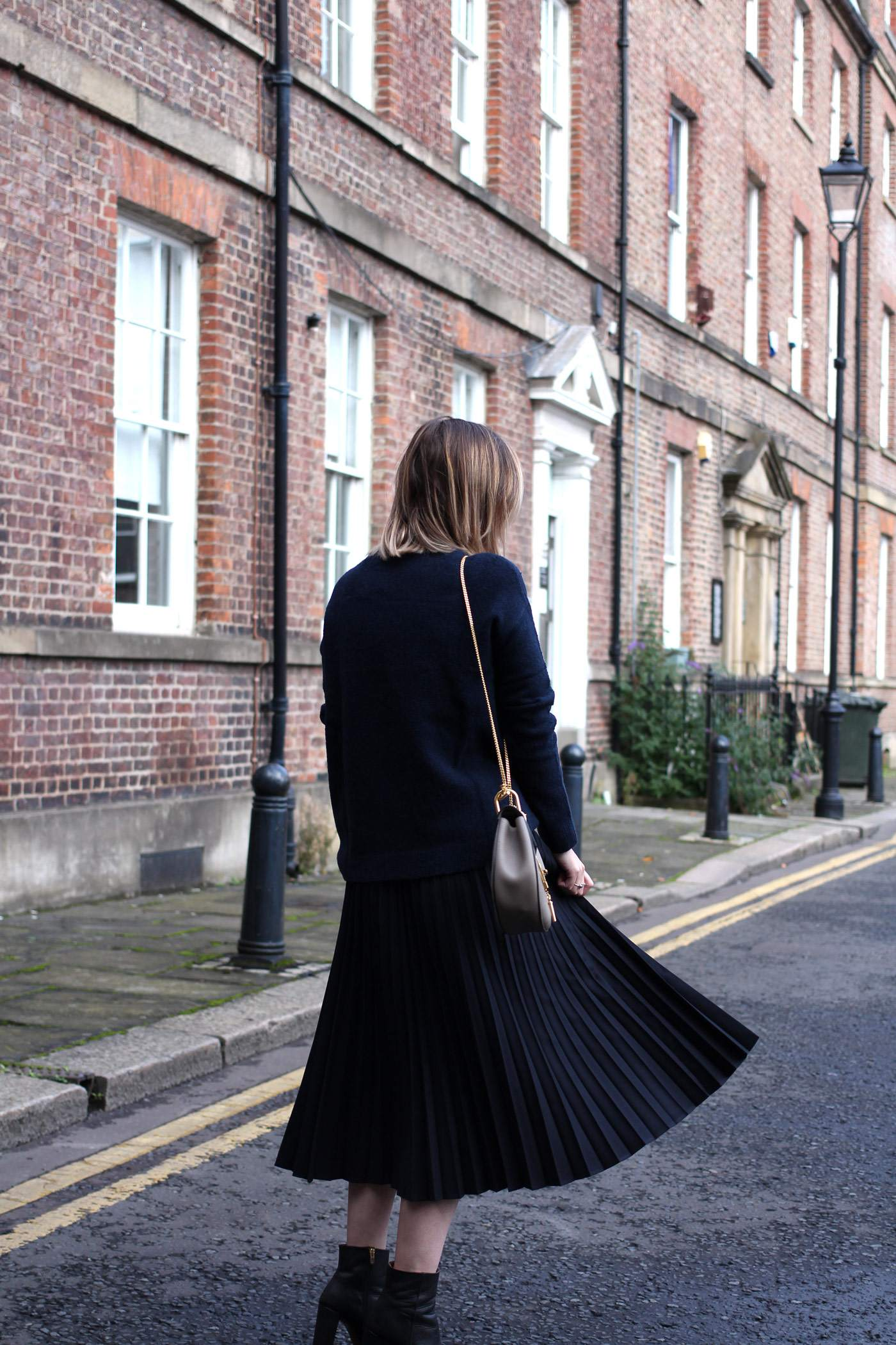 and-other-stories-midi-pleated-skirt-navy-jumper-chloe-drew-grey-1