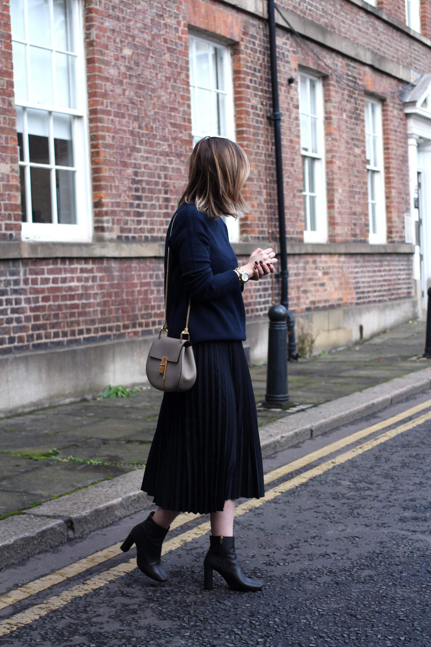 and-other-stories-midi-pleated-skirt-navy-jumper-chloe-drew-grey-3