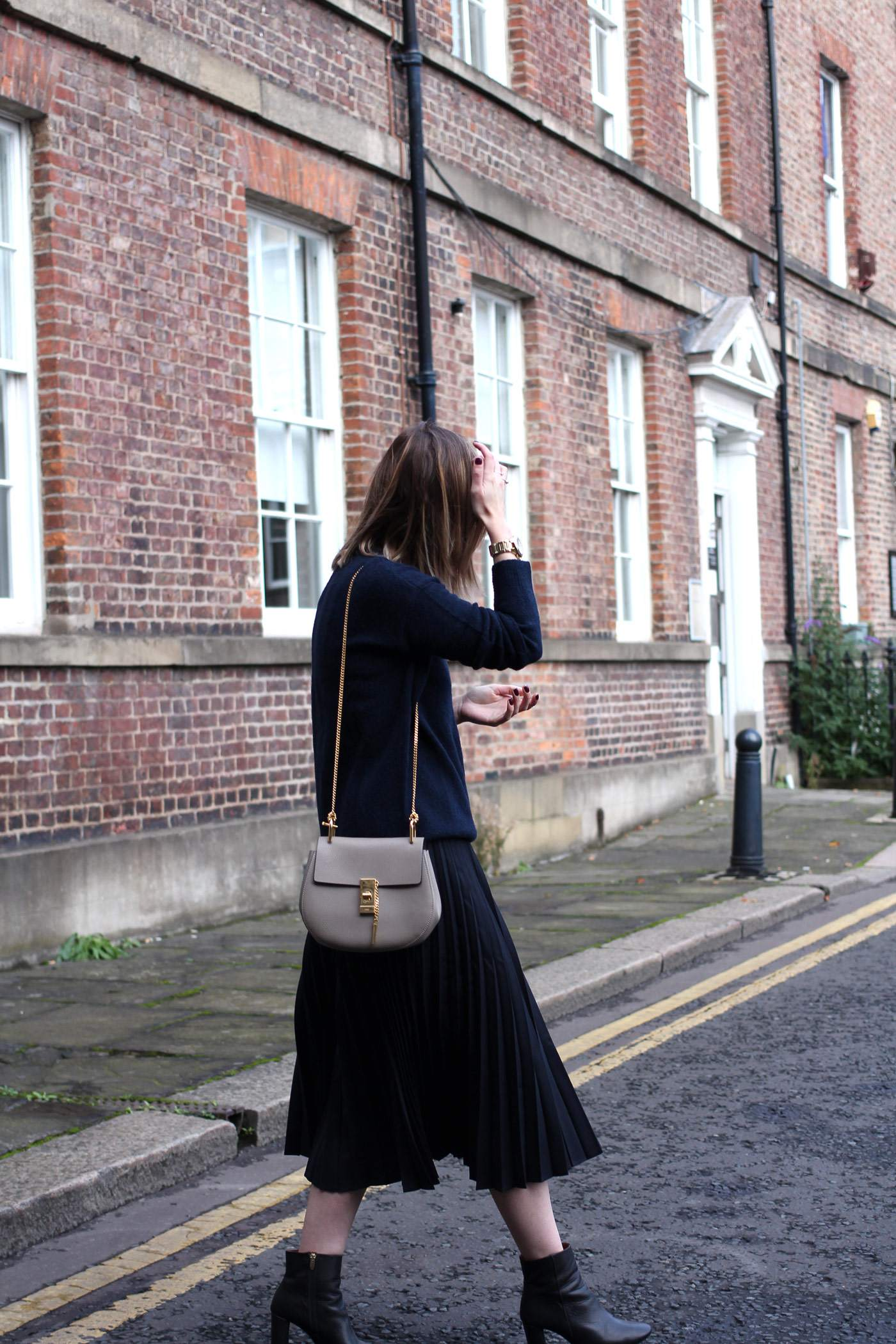 and-other-stories-midi-pleated-skirt-navy-jumper-chloe-drew-grey-4