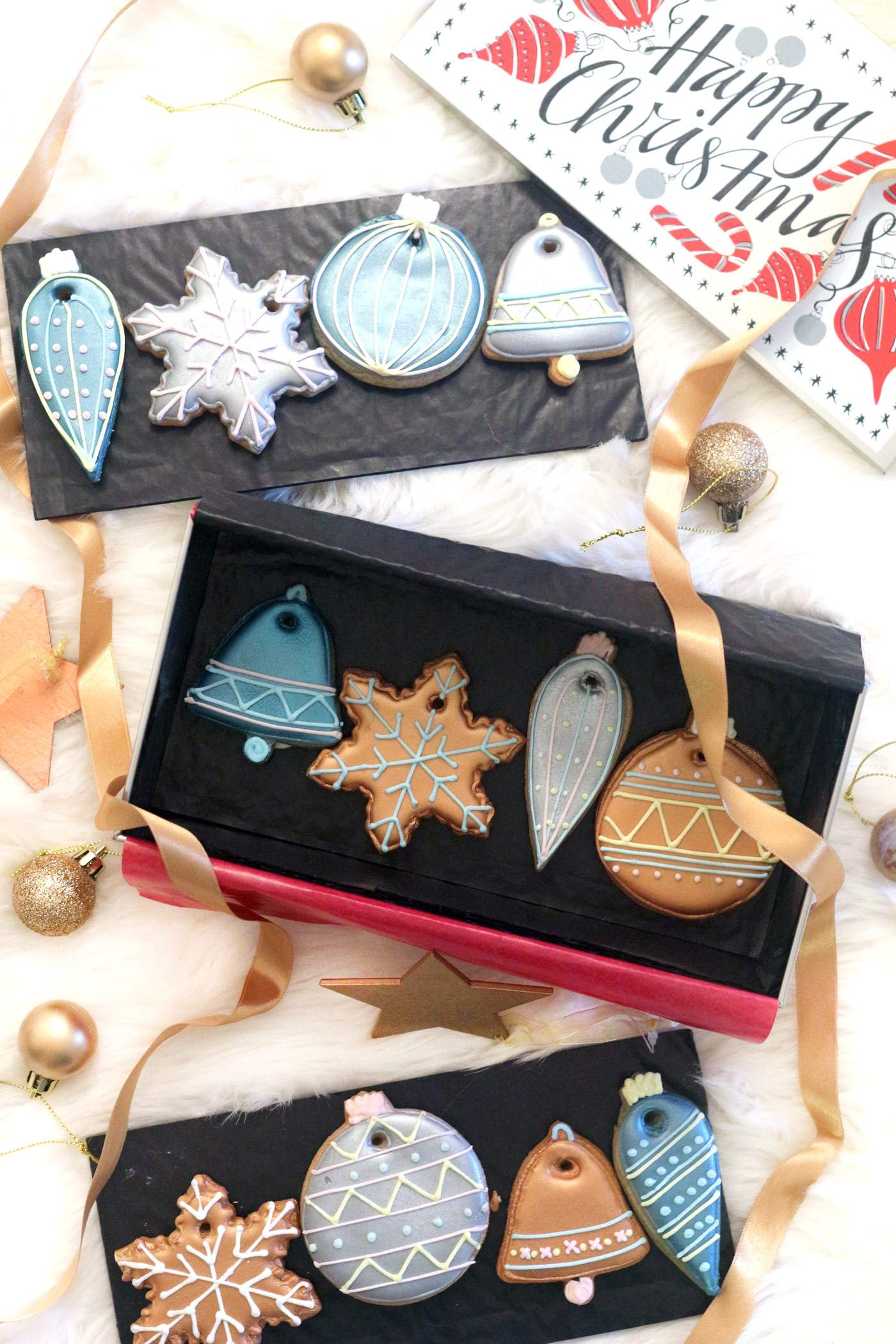 christmas-gift-guide-lifestyle-the-biscuiteers-decorations-biscuits