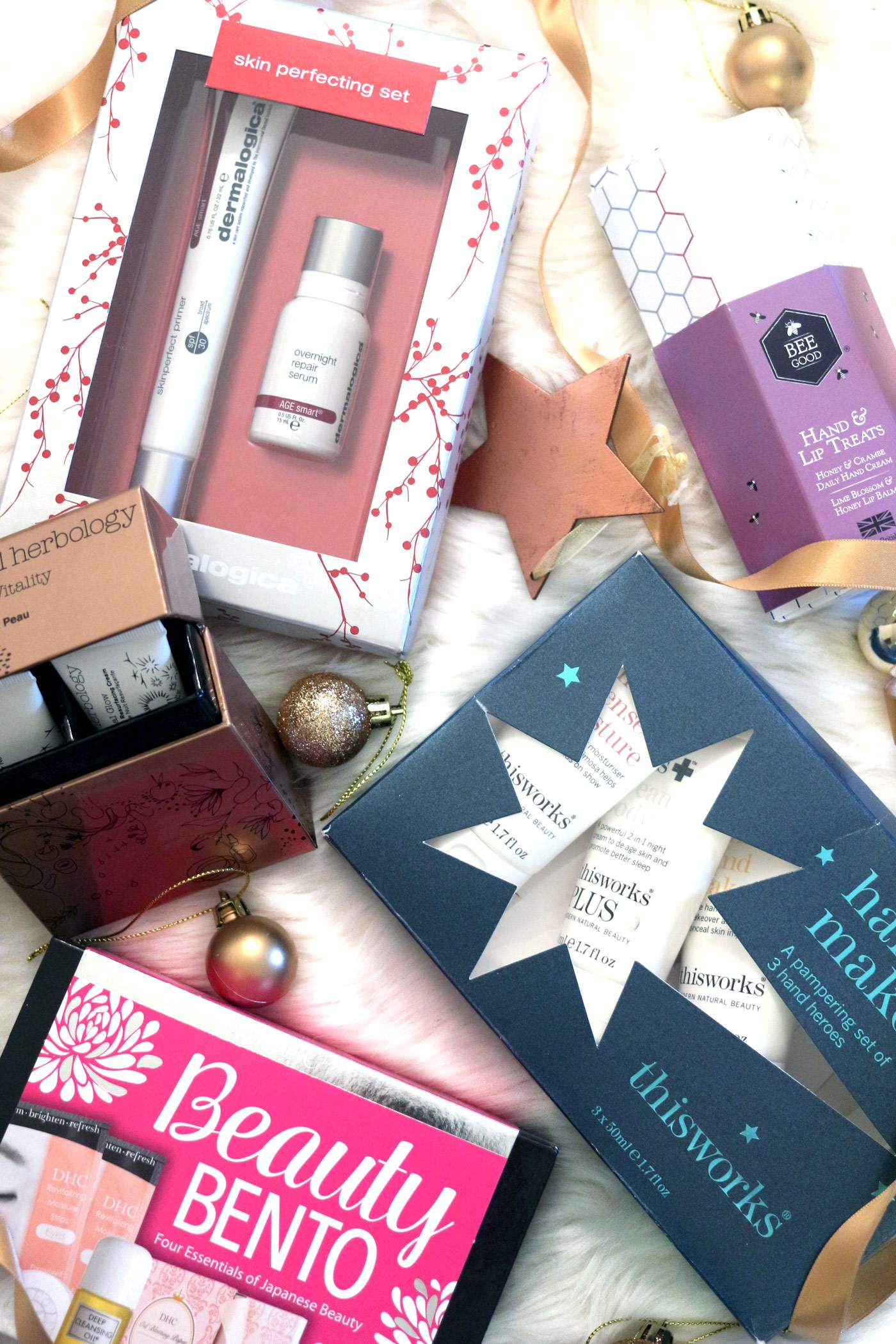 christmas-gift-guide-skincare-liz-earle-decleor-dhc-beauty-bento-2