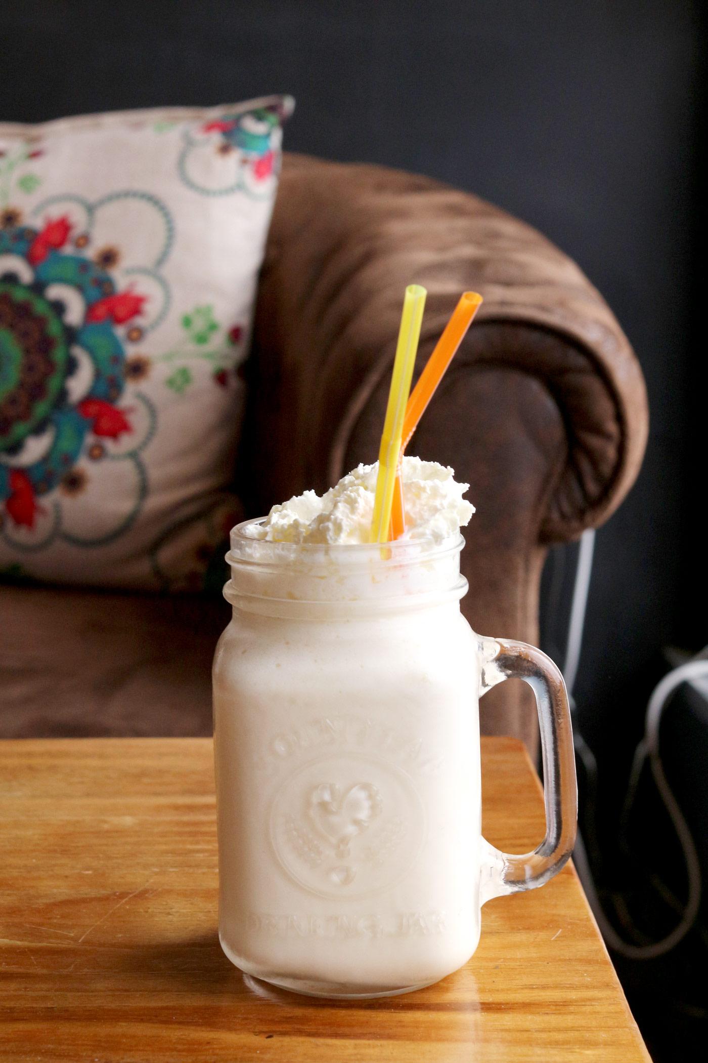 meet-and-treat-newcastle-chinatown-cafe-milkshake