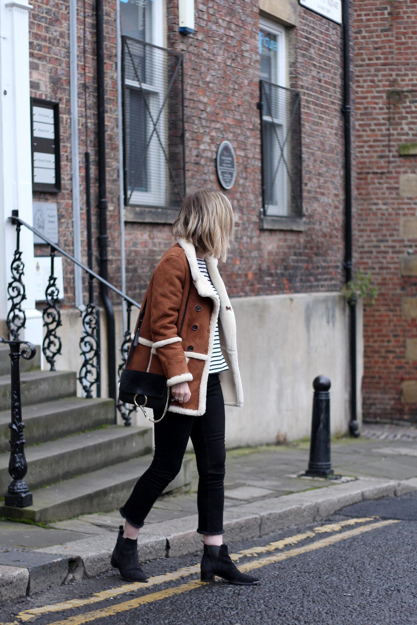 topshop-sheepskin-vintage-coat-chloe-faye-black-acne-jensen-suede4