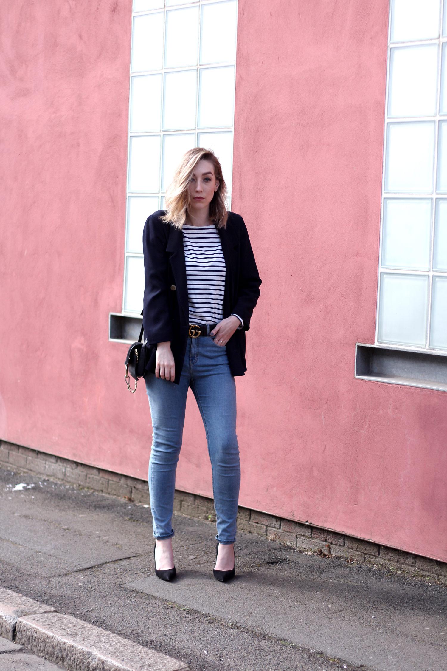 farfetch-dolce-gabbana-black-suede-heels-weekday-jeans-chloe-faye-black-3