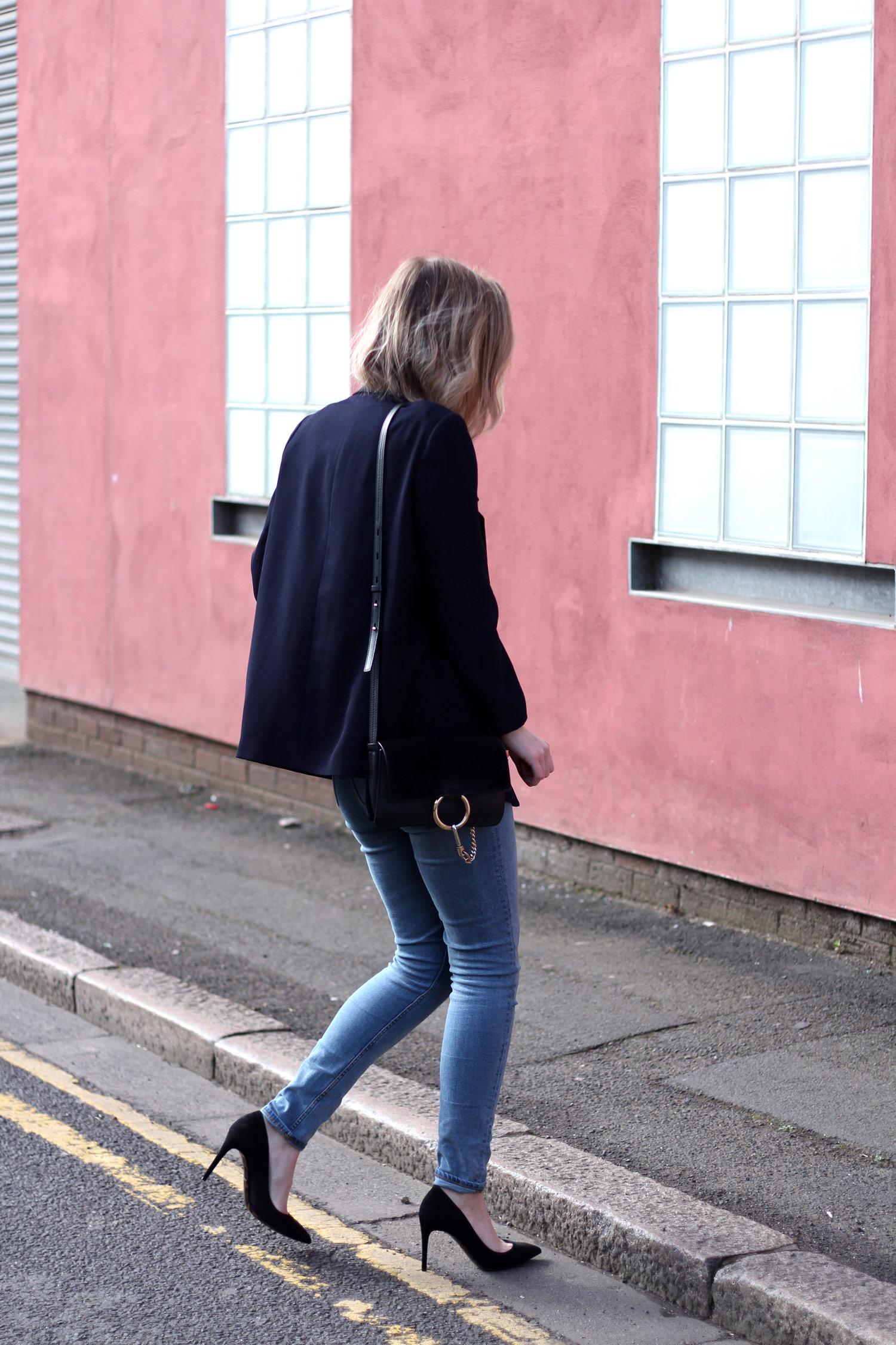 farfetch-dolce-gabbana-black-suede-heels-weekday-jeans-chloe-faye-black-7