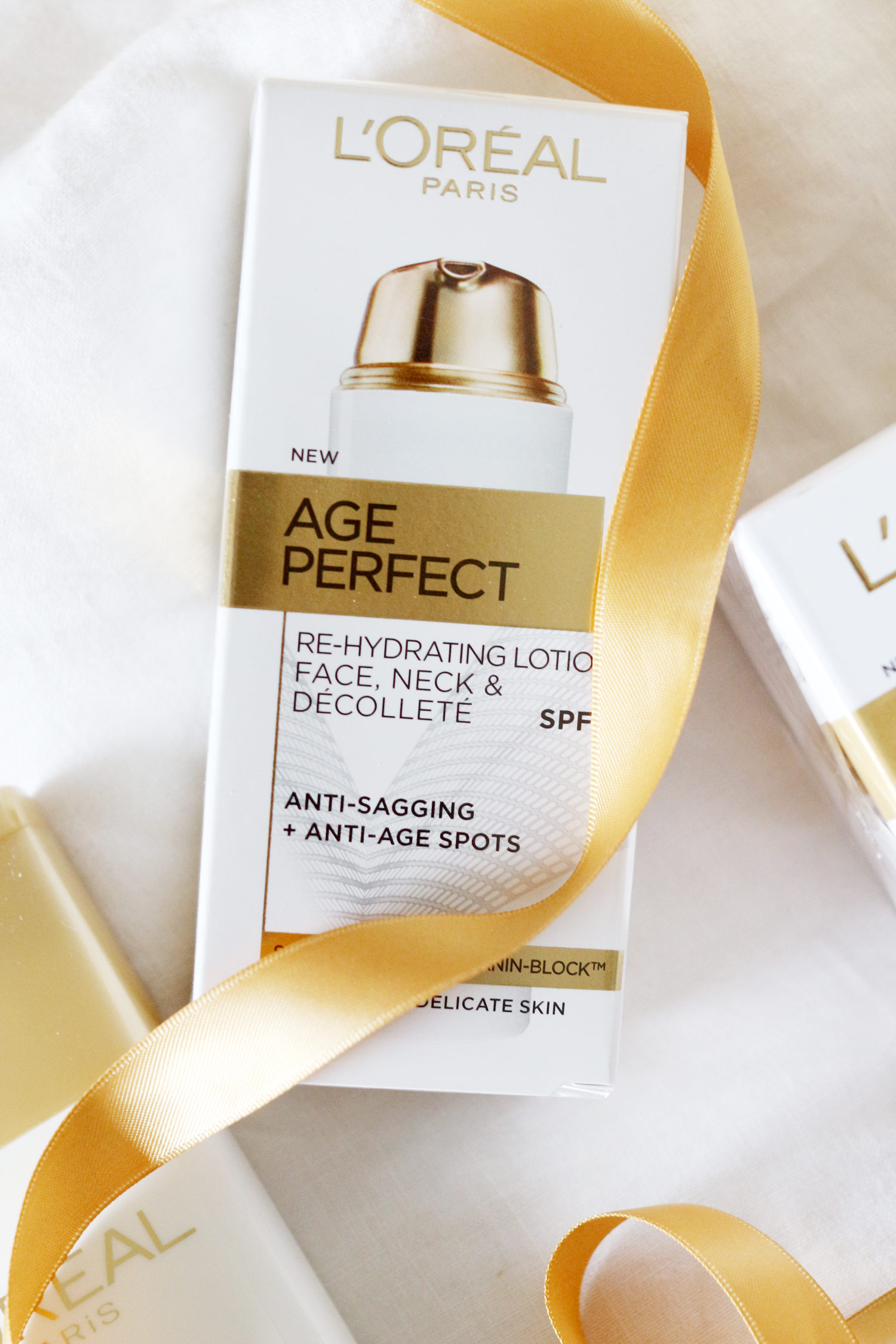 loreal-age-perfect-mothers-day-skincare-gift-set-5