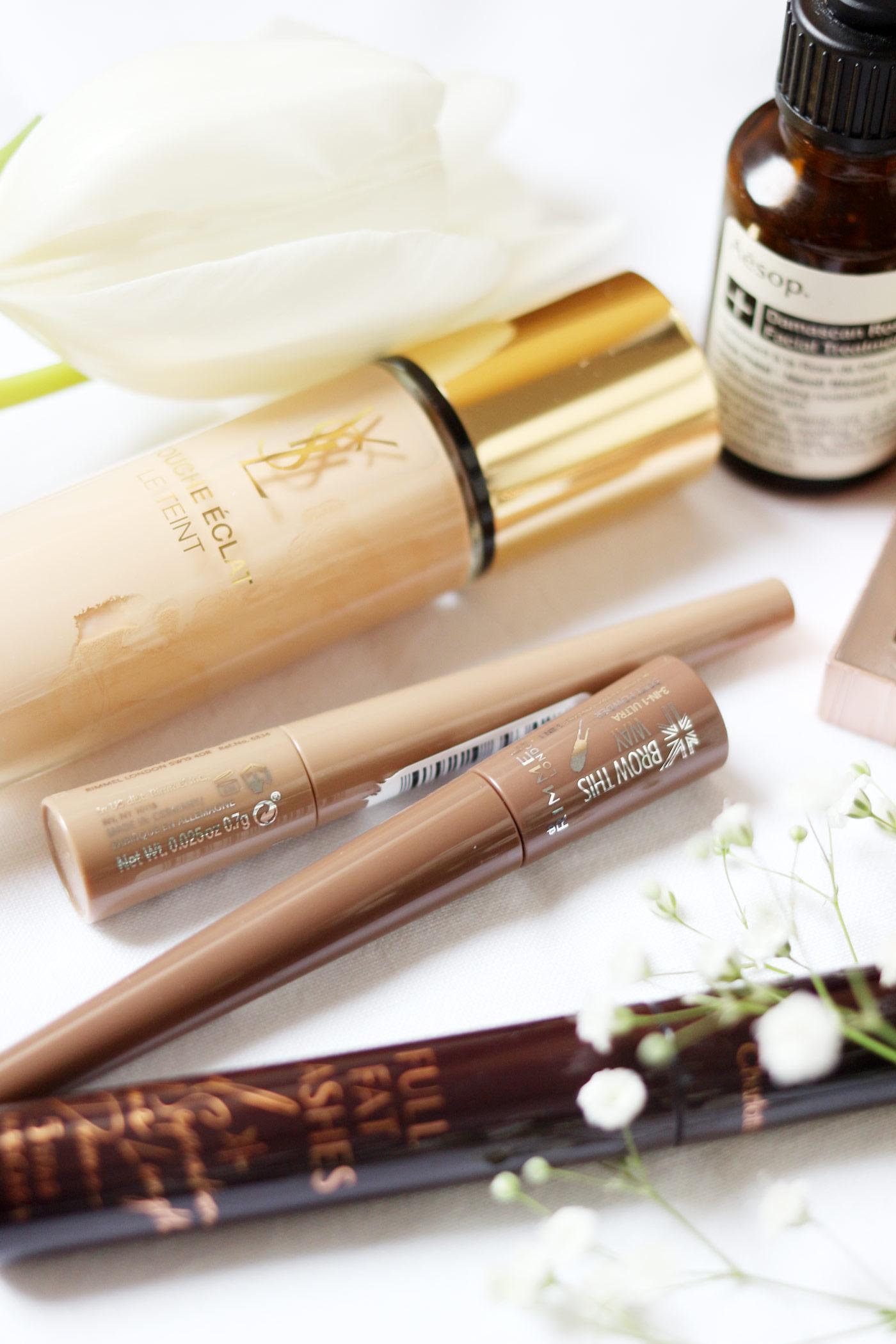 makeup-favourites-ysl-touche-eclat-foundation-NARS-vera-UD-naked-basics-2