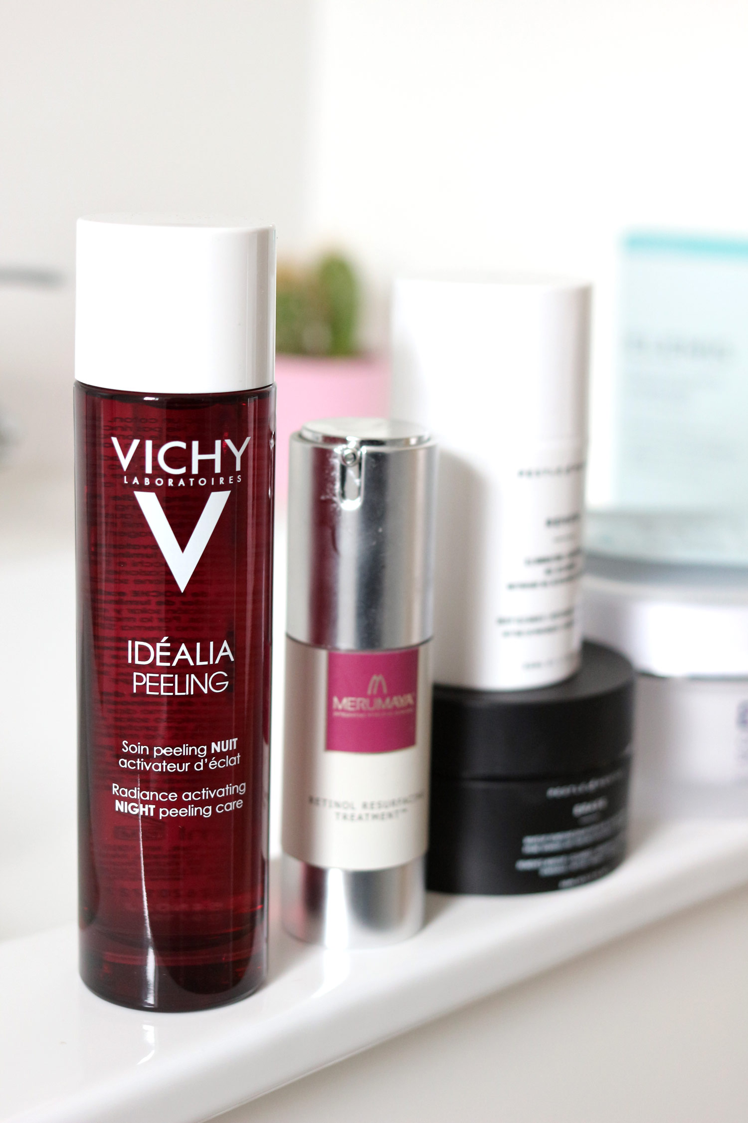 skincare-vichy-idealia-merumaya-retinol-pestle-and-mortar-cleanse
