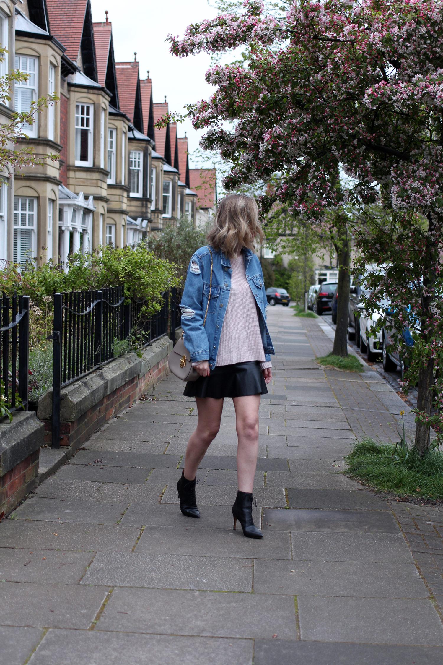 spring-denim-jacket-pink-jumper-leather-skirt-4