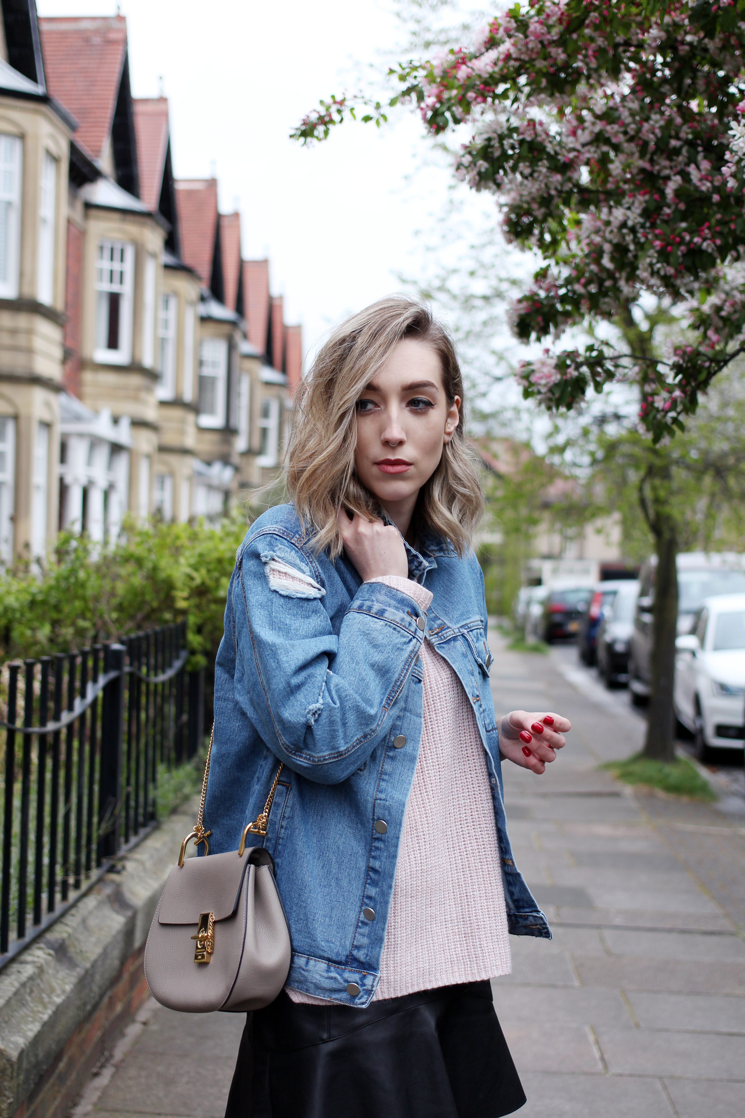 spring-denim-jacket-pink-jumper-leather-skirt-6