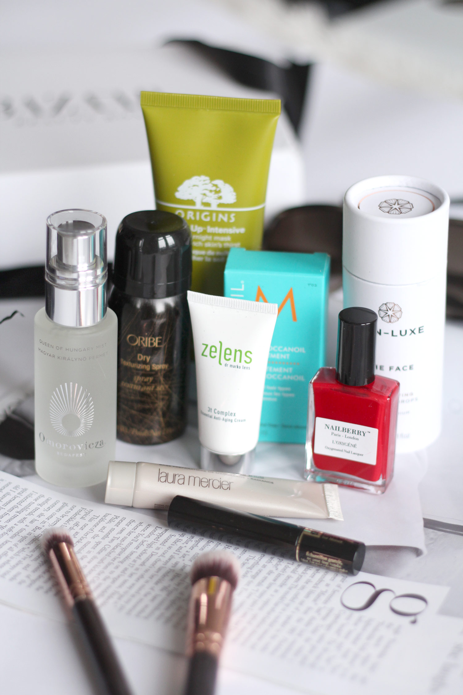 latest-in-beauty-harpers-bazaar-box-review-2