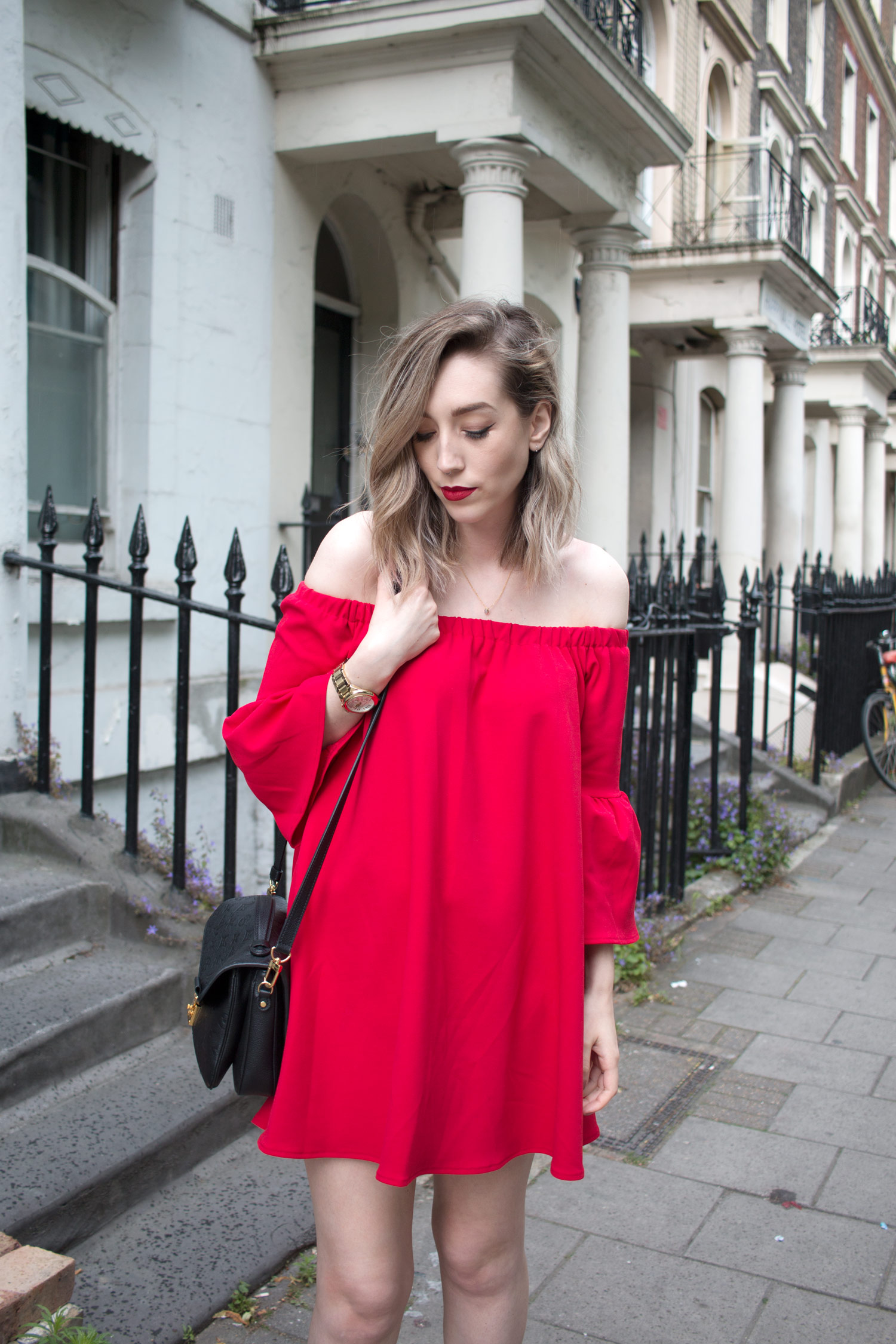 asos-red-off-shoulder-dress-louis-vuitton-pochette-metis-3