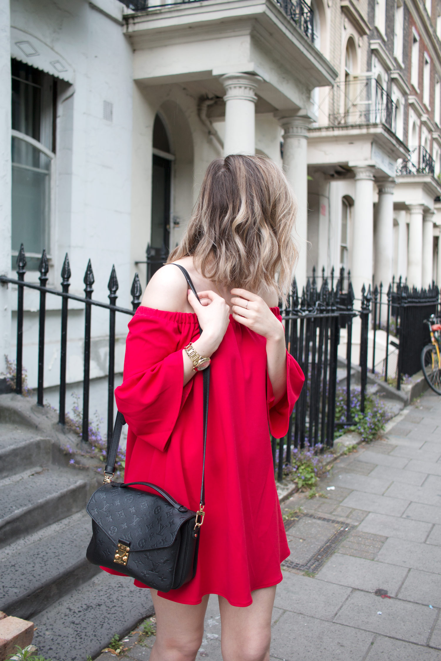 asos-red-off-shoulder-dress-louis-vuitton-pochette-metis-4