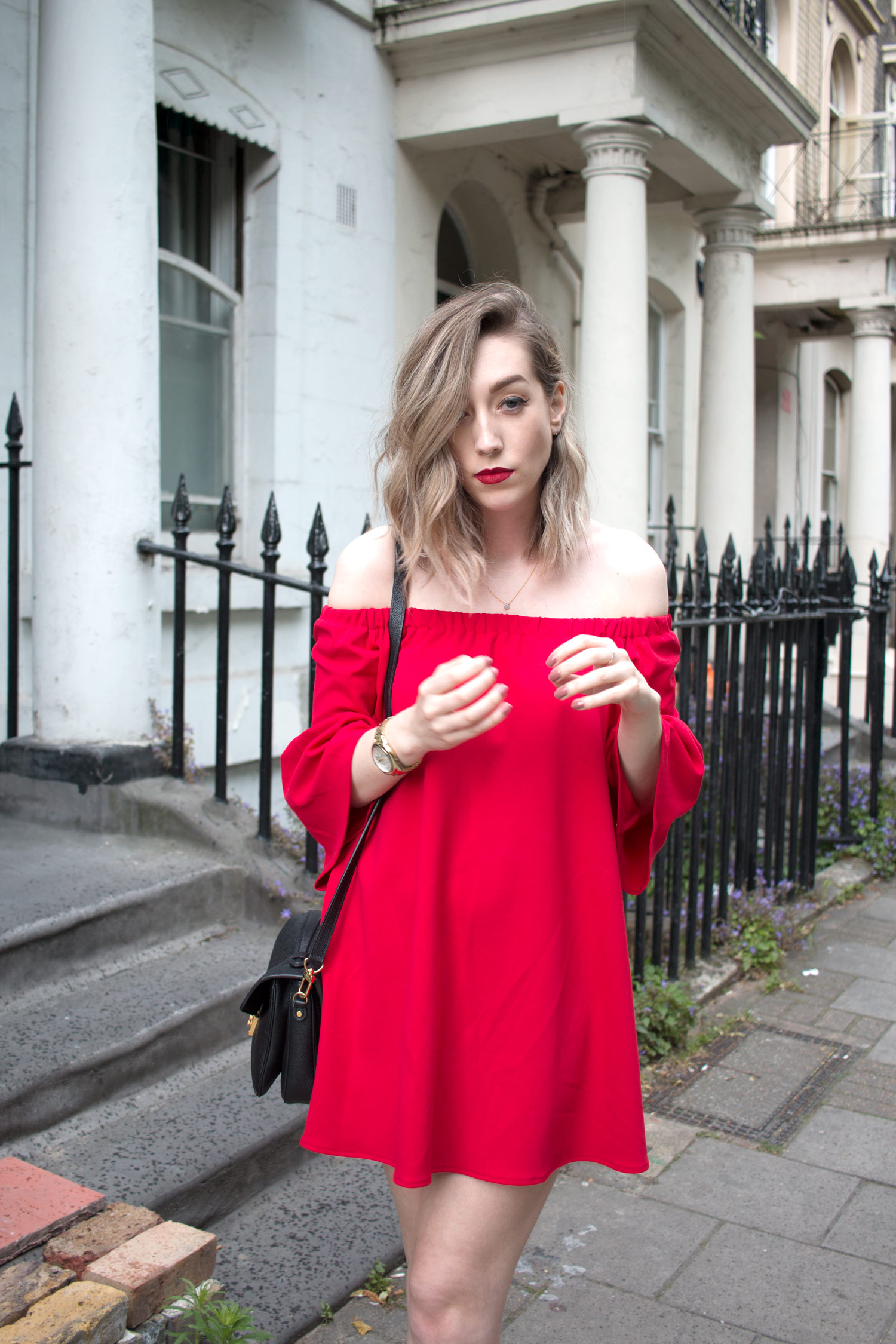 asos-red-off-shoulder-dress-louis-vuitton-pochette-metis-5
