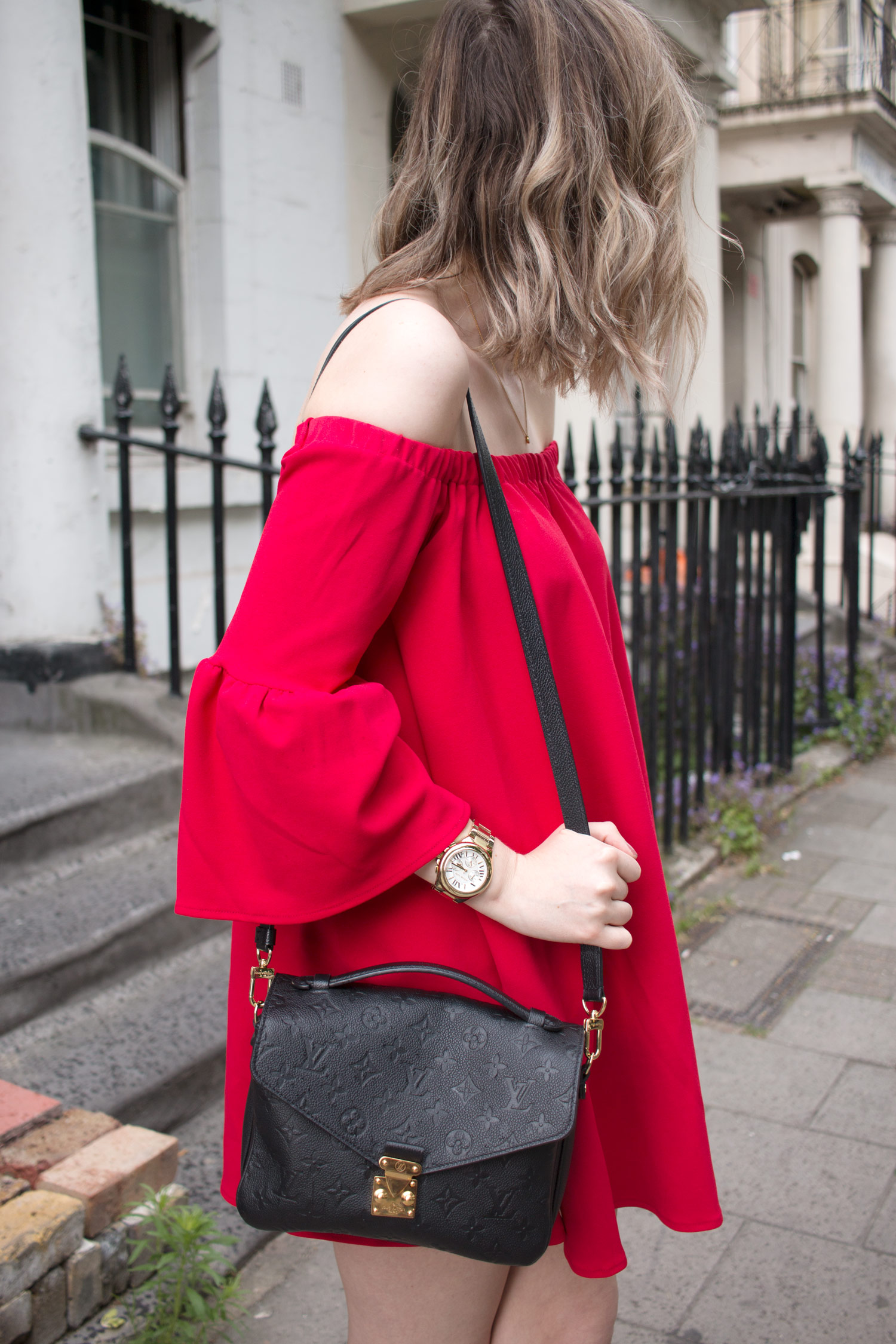 asos-red-off-shoulder-dress-louis-vuitton-pochette-metis-6