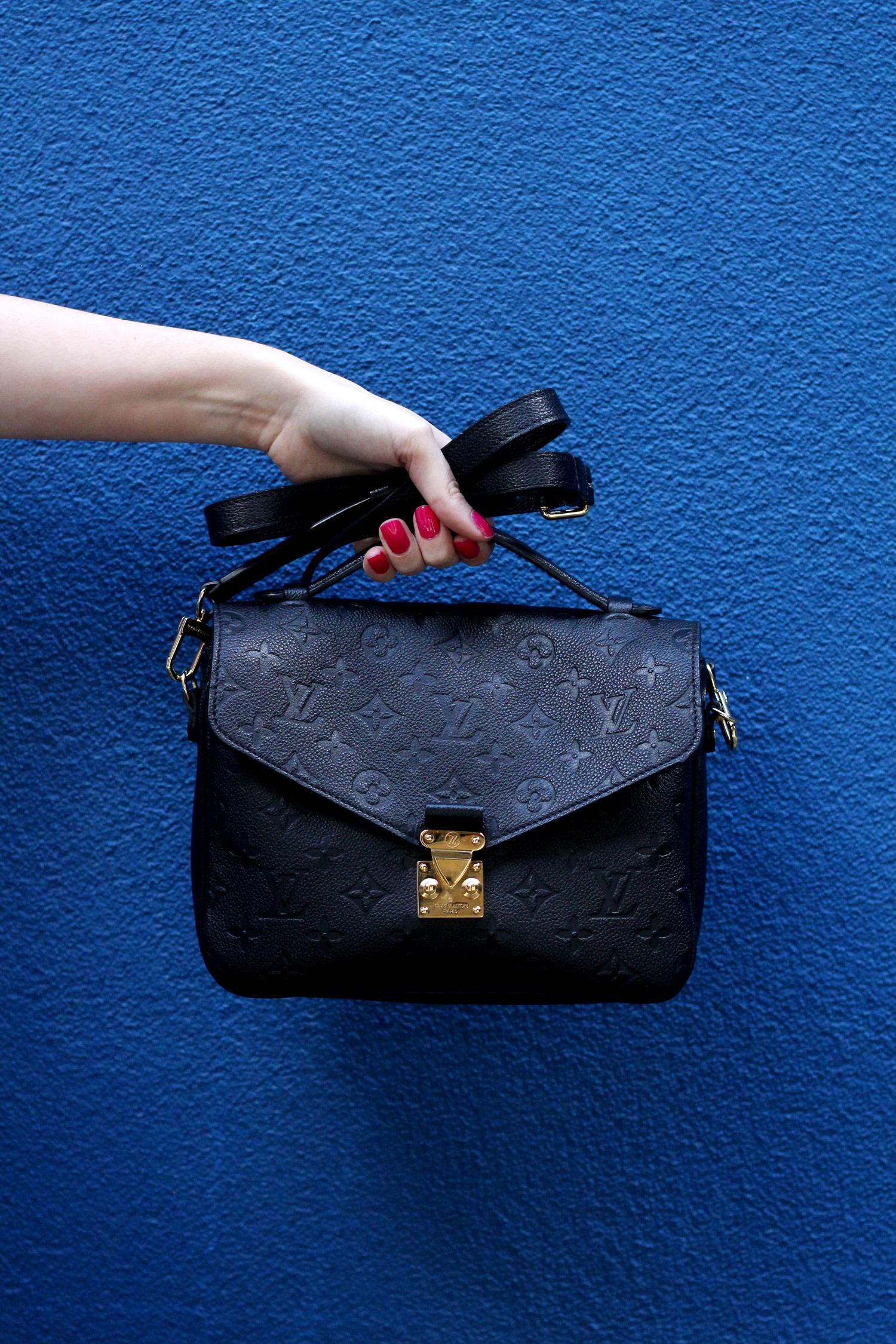 closet-london-leather-skirt-grey-cardgain-louis-vuitton-pochette-metis-12