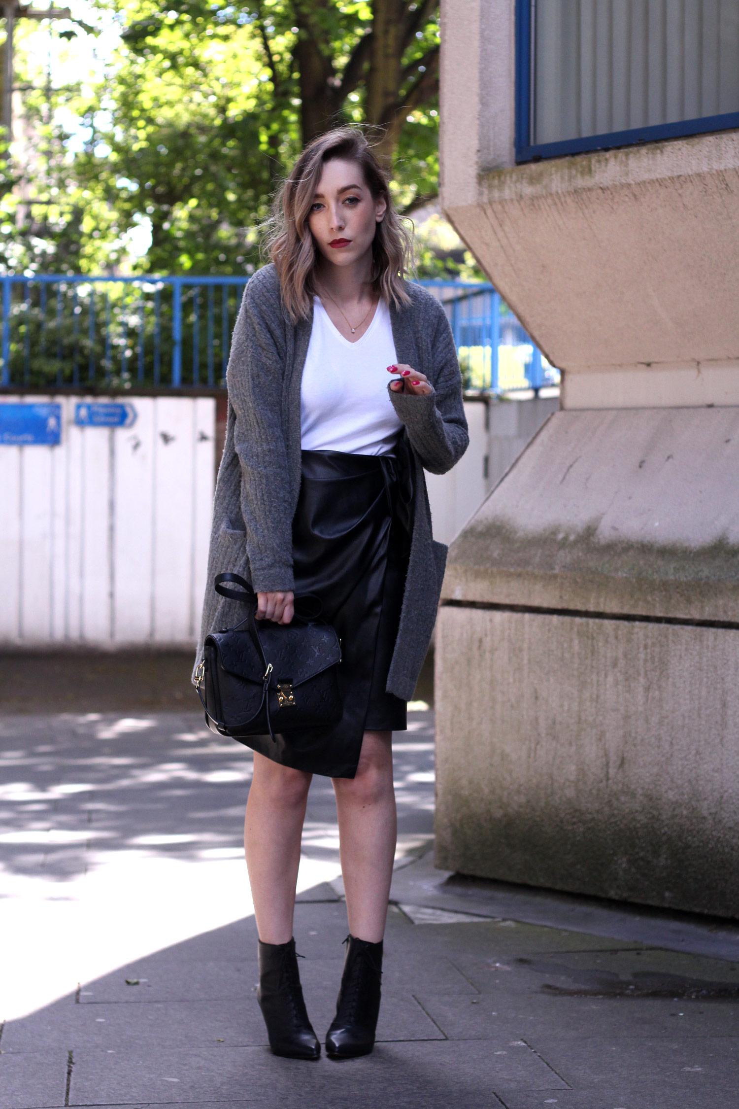 closet-london-leather-skirt-grey-cardgain-louis-vuitton-pochette-metis