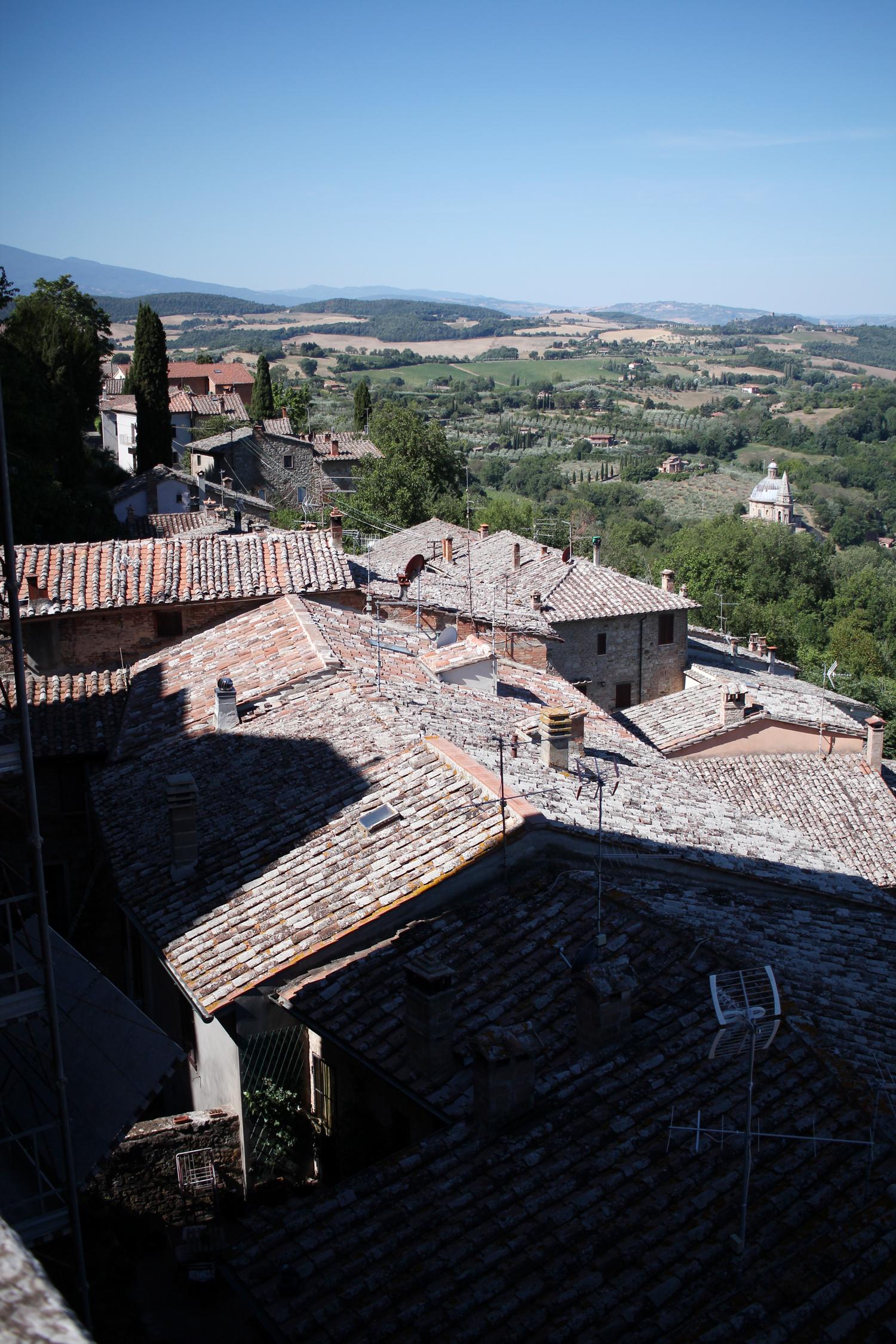 tuscany-italy-montepulciano-travel-blogger-1