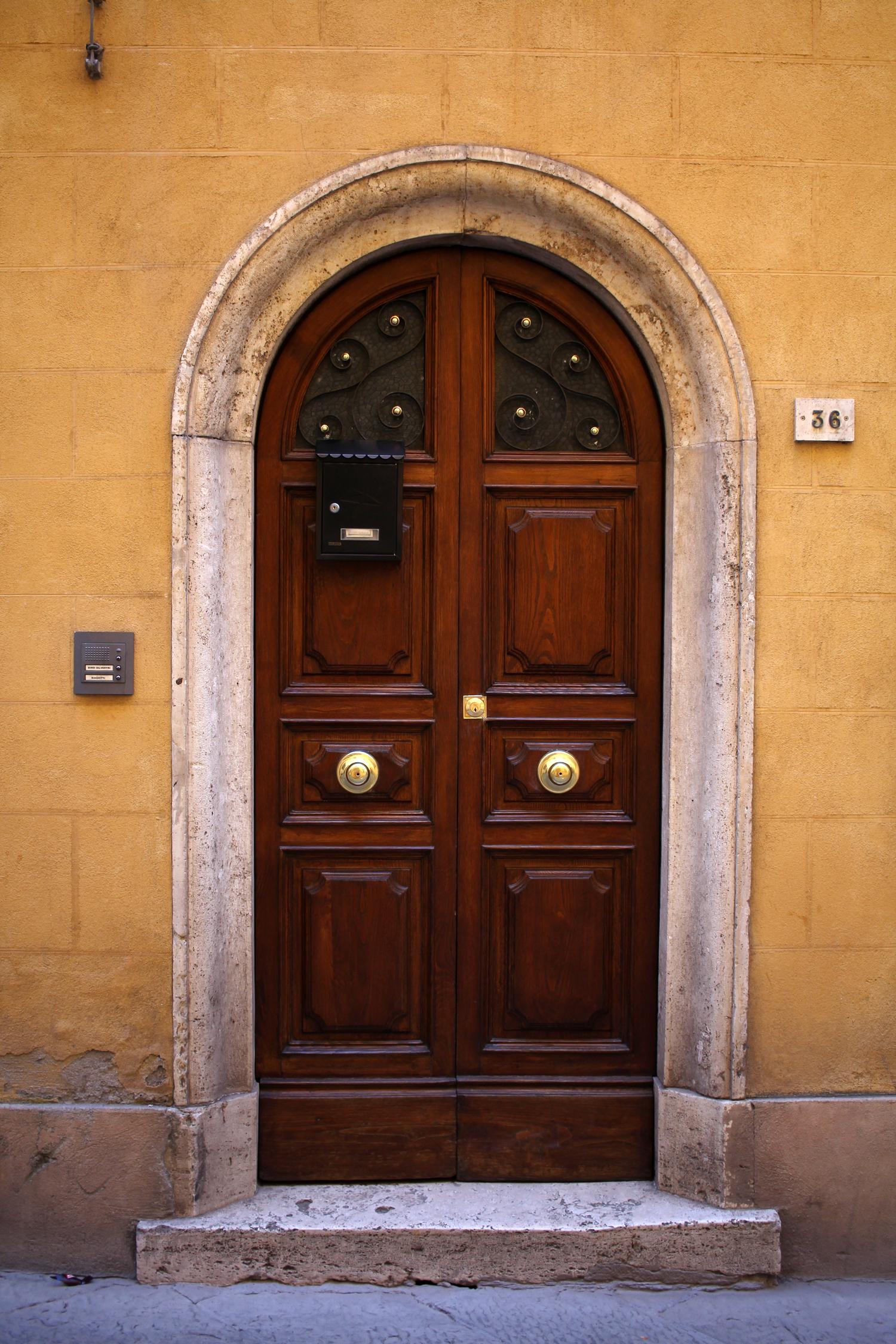 tuscany-italy-montepulciano-travel-blogger-9