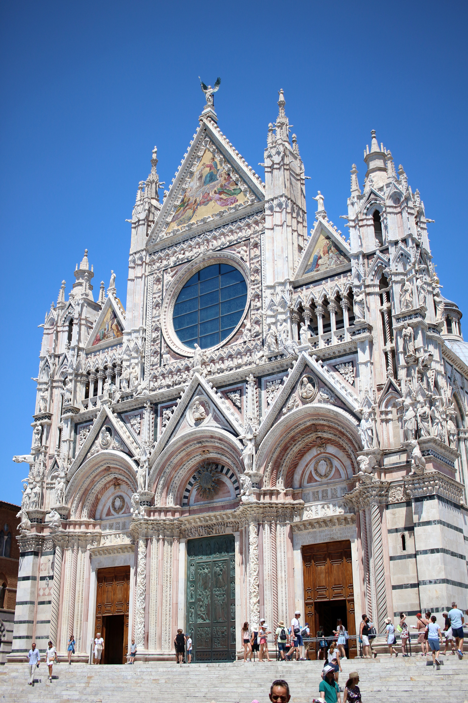 tuscany-italy-siena-travel-blogger-3