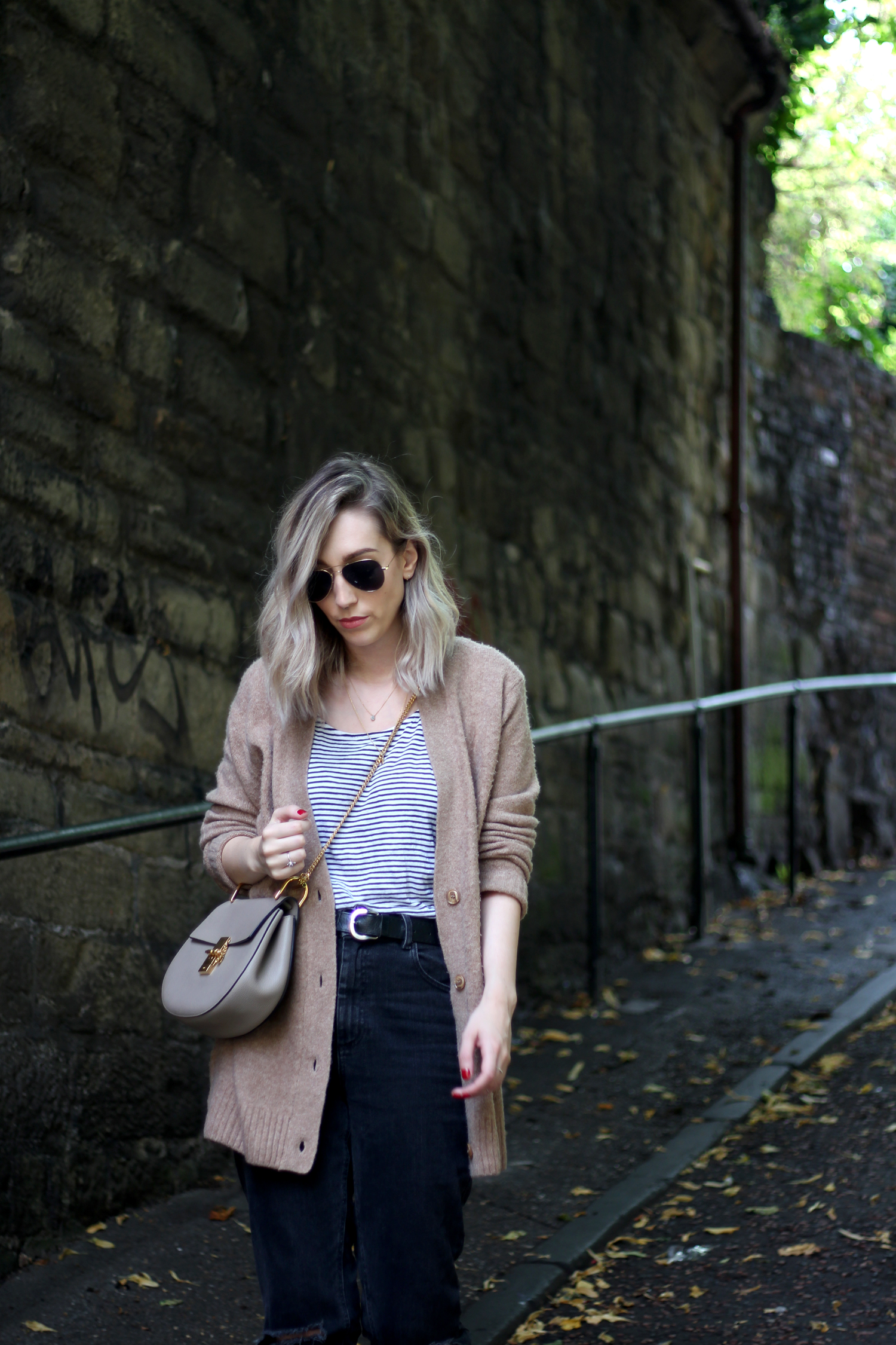 sunglasses-camel-cardigan-asos-ripped-boyfriend-jeans-1