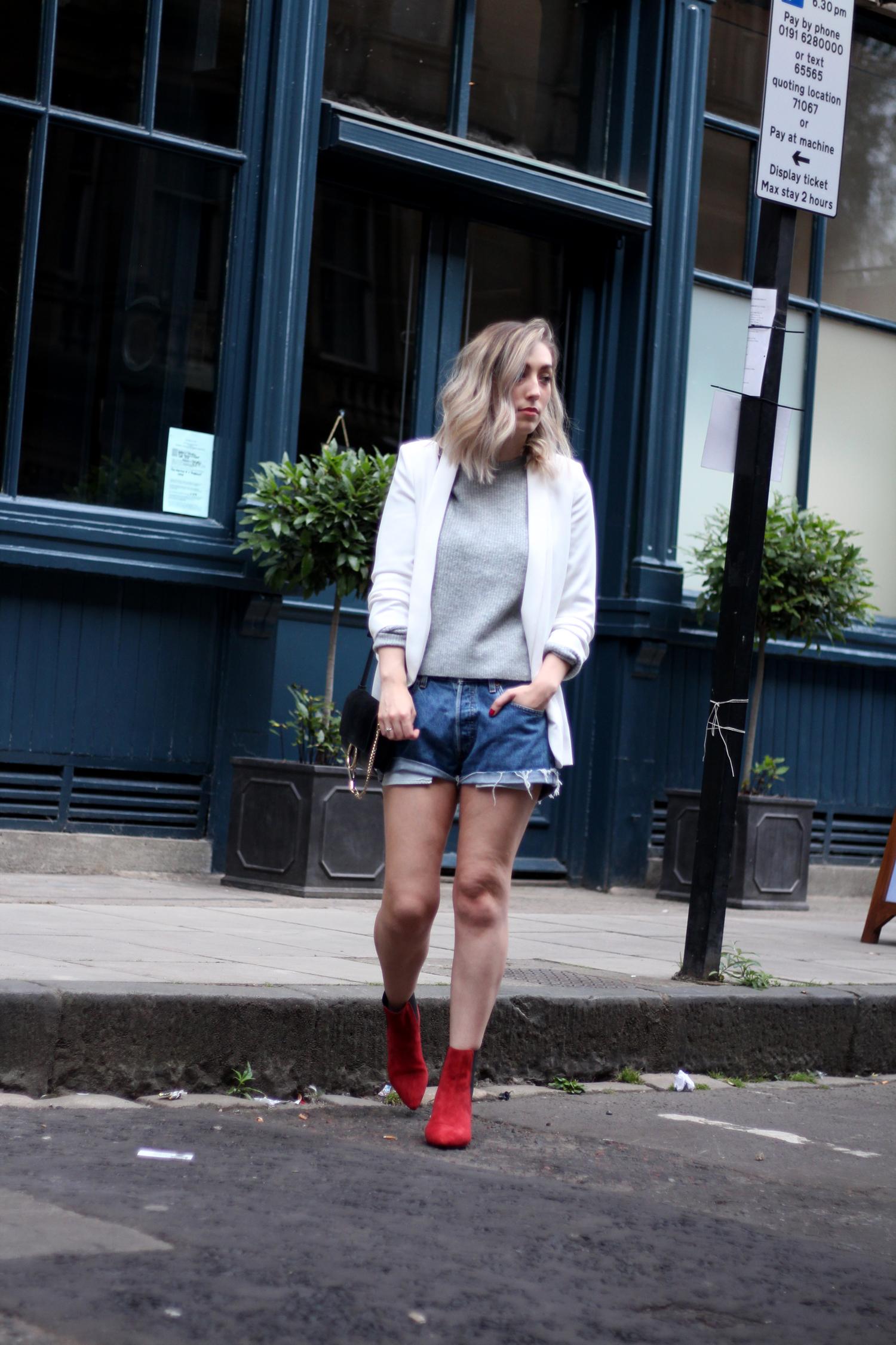 topshop-red-suede-chelsea-boots-grey-jumper-zara-white-blazer-7