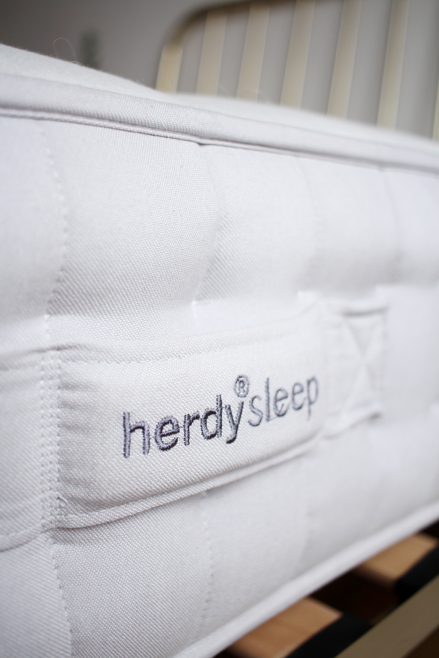 herdy-sleep-mattress-review-bedroom-interiors-blog-2