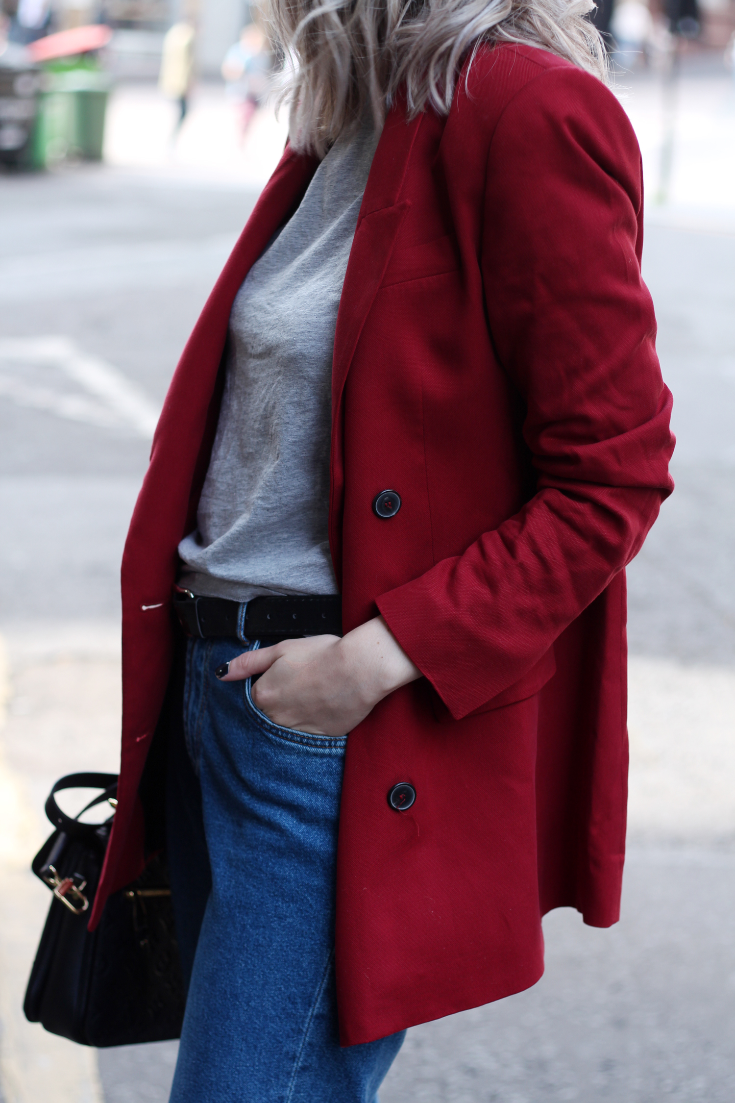 zara-red-blazer-mom-jeans-louis-mochette-metis-14