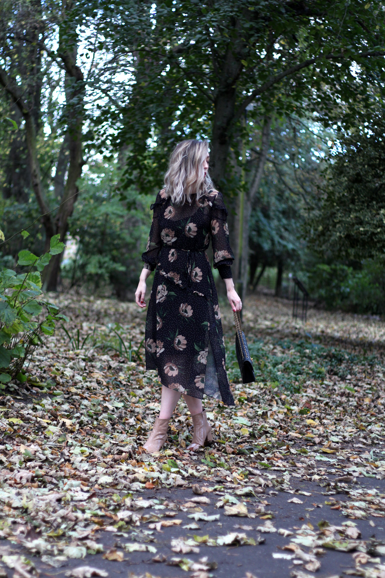 next-floral-midi-dress-nude-leather-boots-vintage-chanel-autumn-outfit-1
