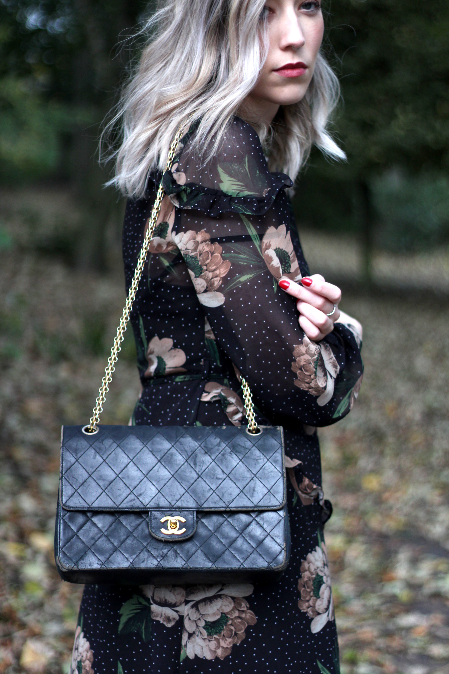 next-floral-midi-dress-nude-leather-boots-vintage-chanel-autumn-outfit-13